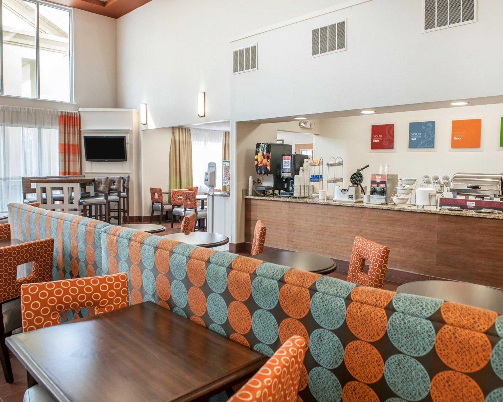 Comfort Suites North in Elkhart, IN, photo #29