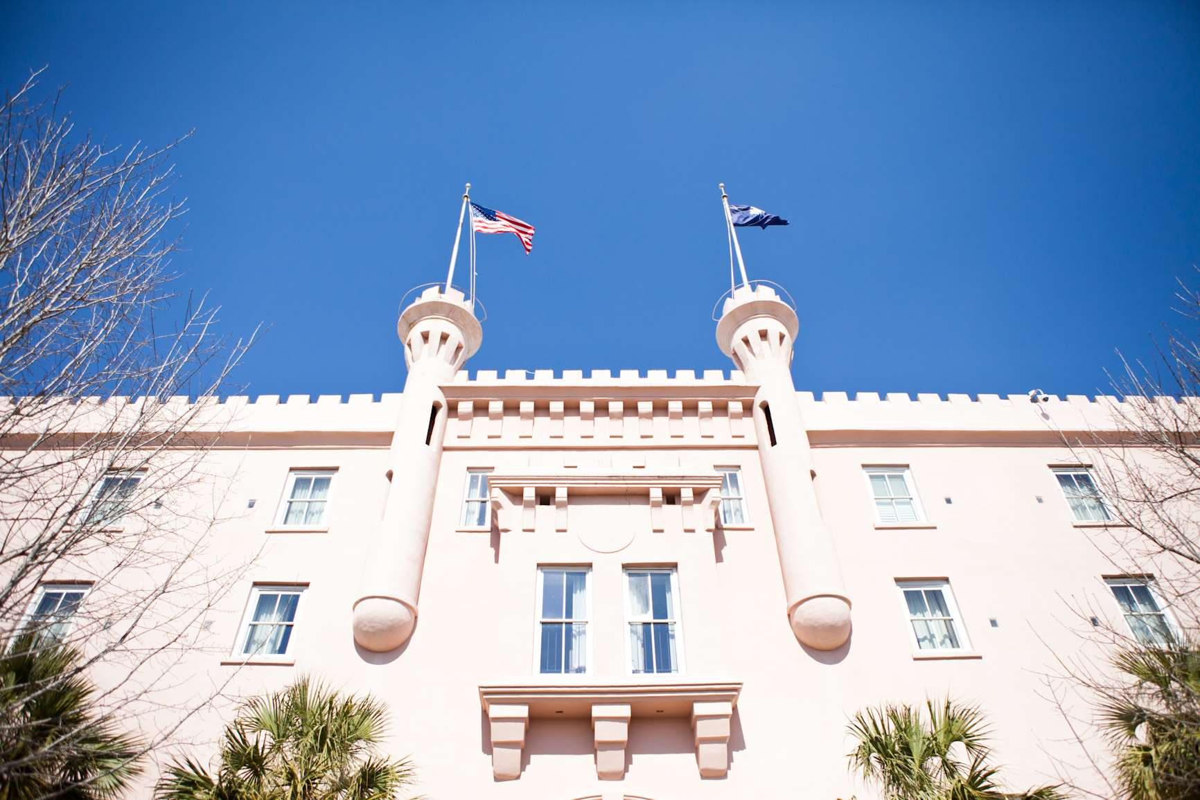 Embassy Suites by Hilton Charleston Historic District