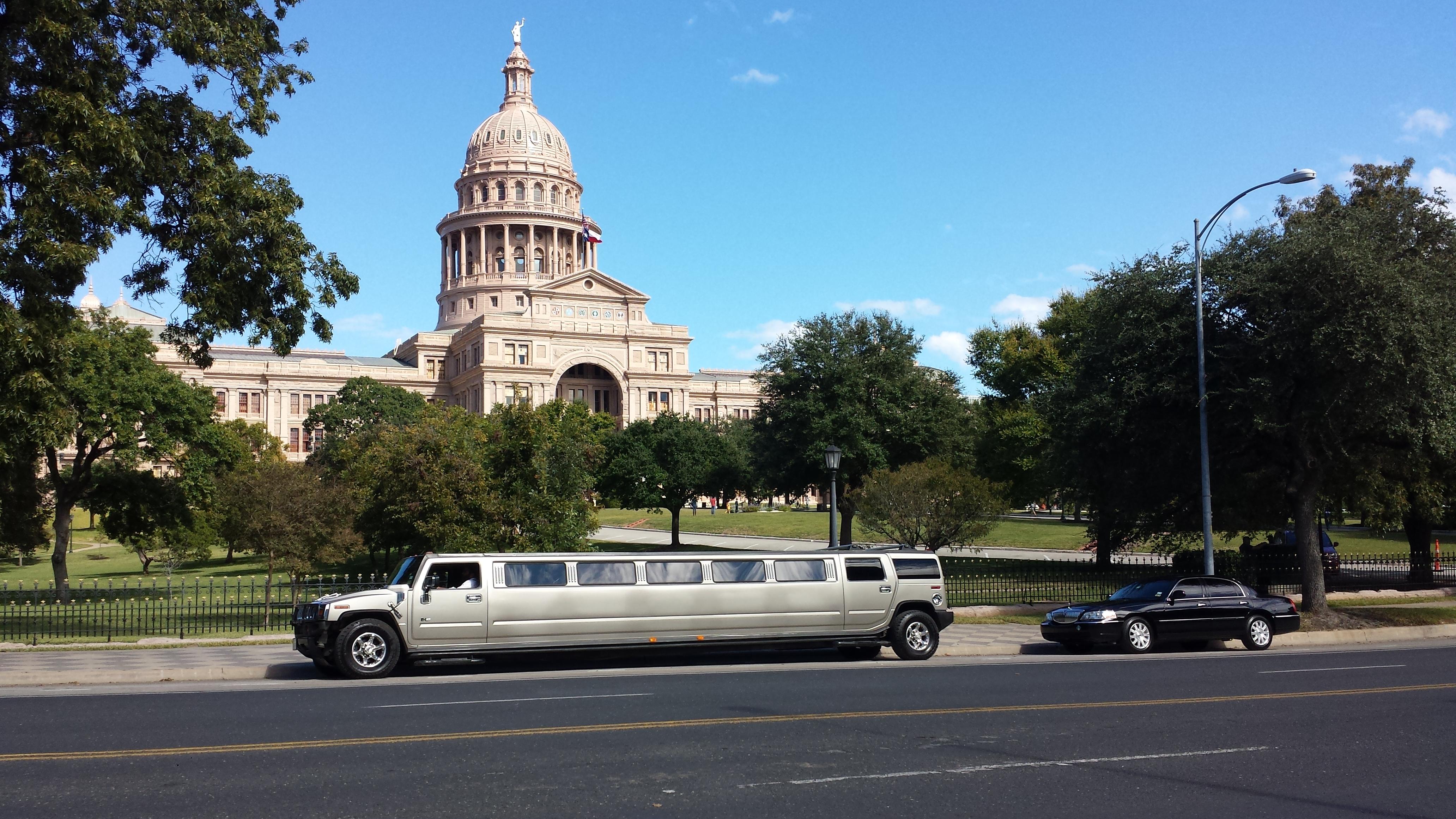 Austin Choice Executive Sedan & Limo image 11