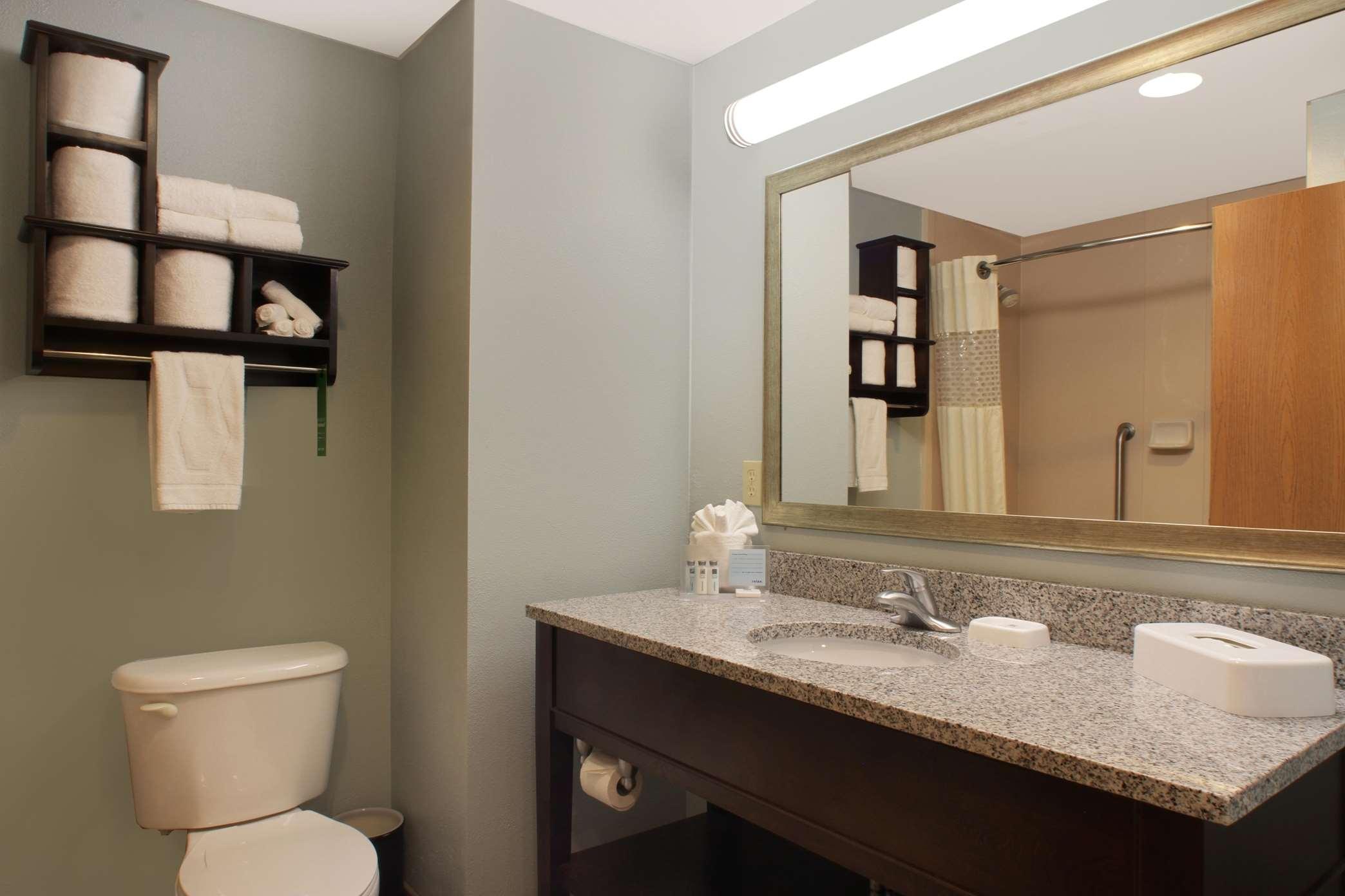 Hampton Inn & Suites Port St. Lucie, West image 16