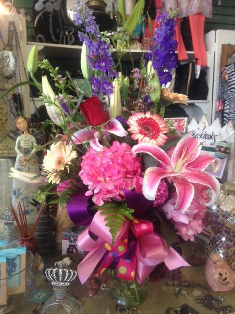 Darlene's Flower & Gift Shop image 3