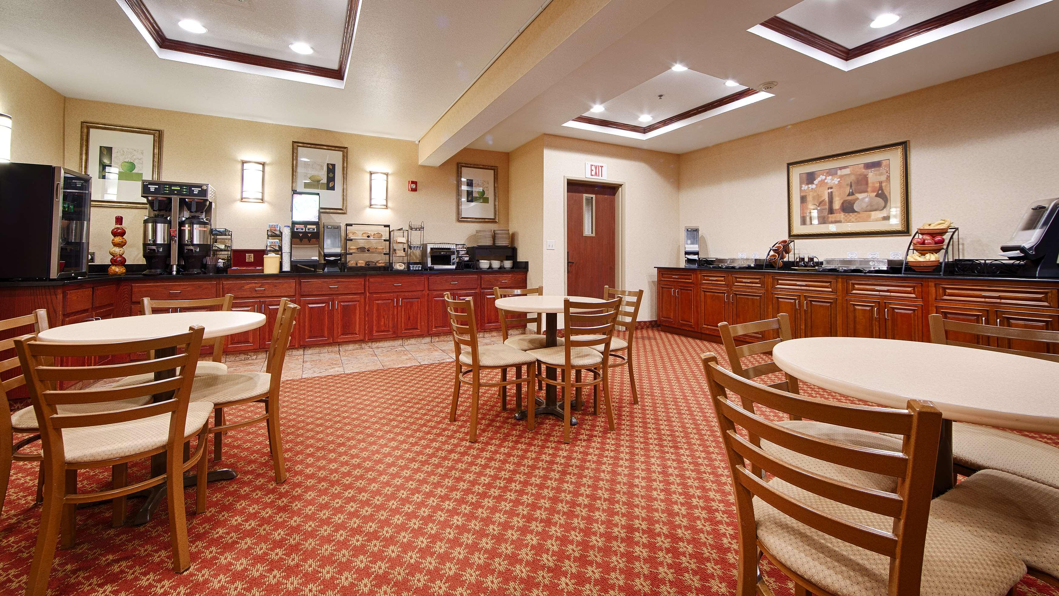 Best Western Providence-Seekonk Inn image 9