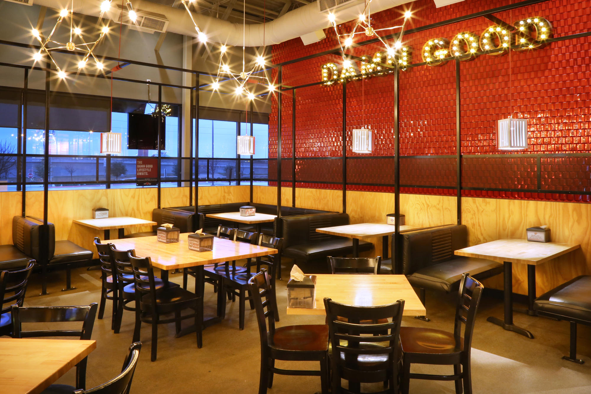 Torchy's Tacos image 3