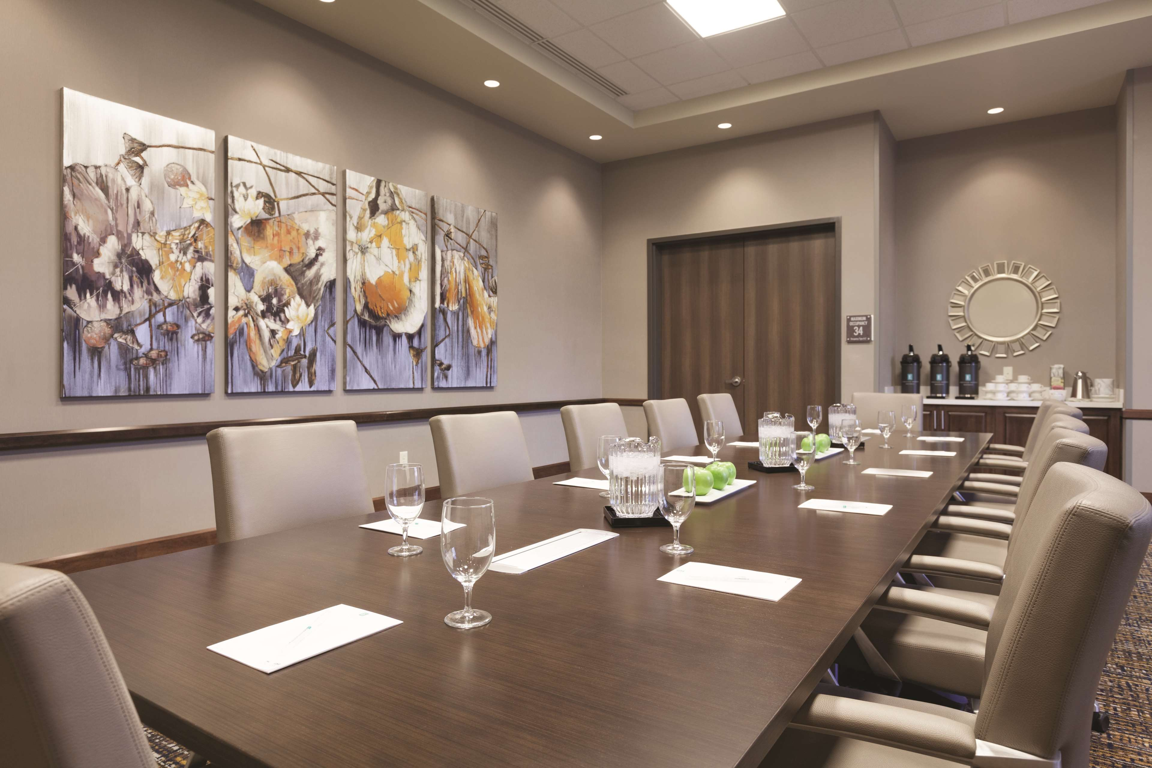 Embassy Suites by Hilton Portland Hillsboro, Oregon image 30