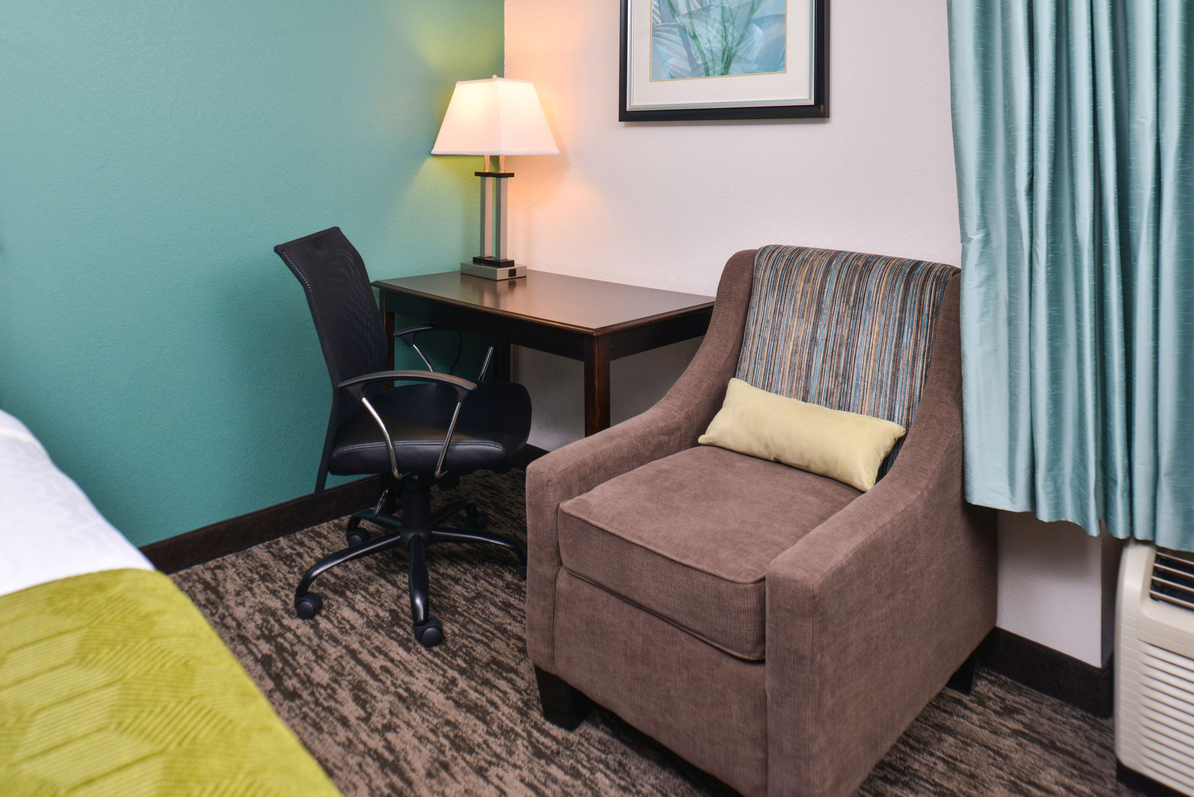 Best Western Plus Chicagoland - Countryside image 26