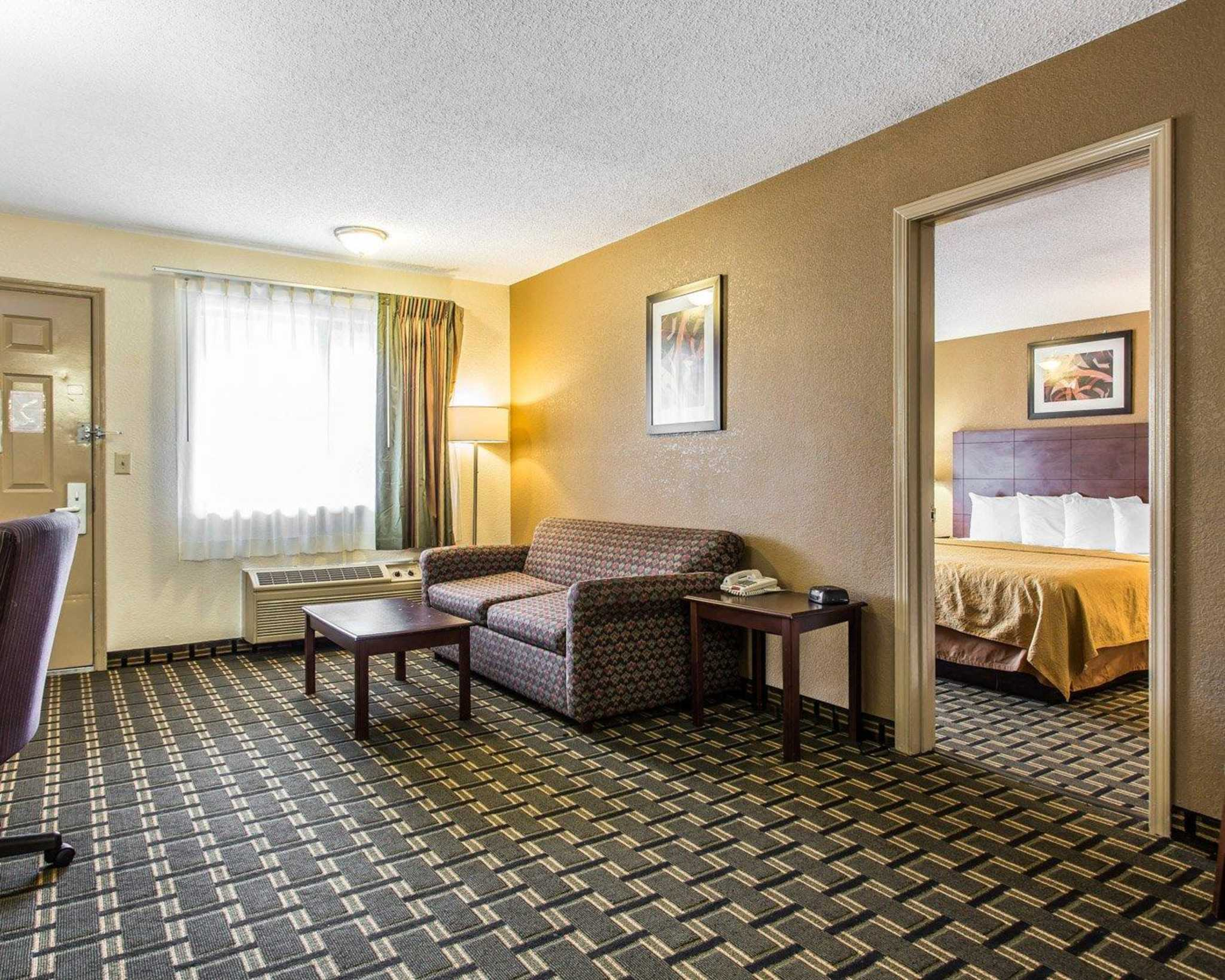 Quality Inn & Suites Southlake image 23