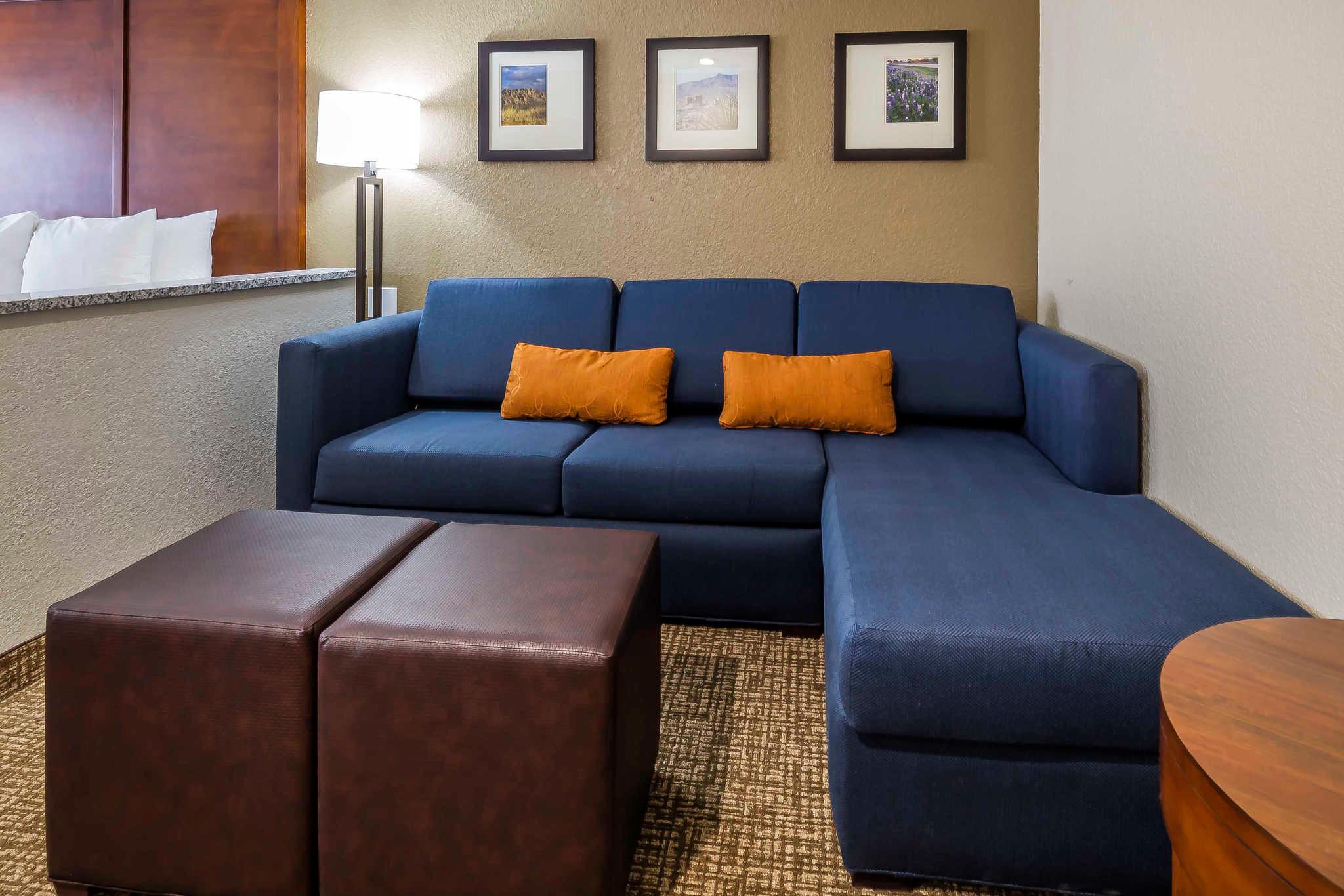 Comfort Suites El Paso Airport image 14