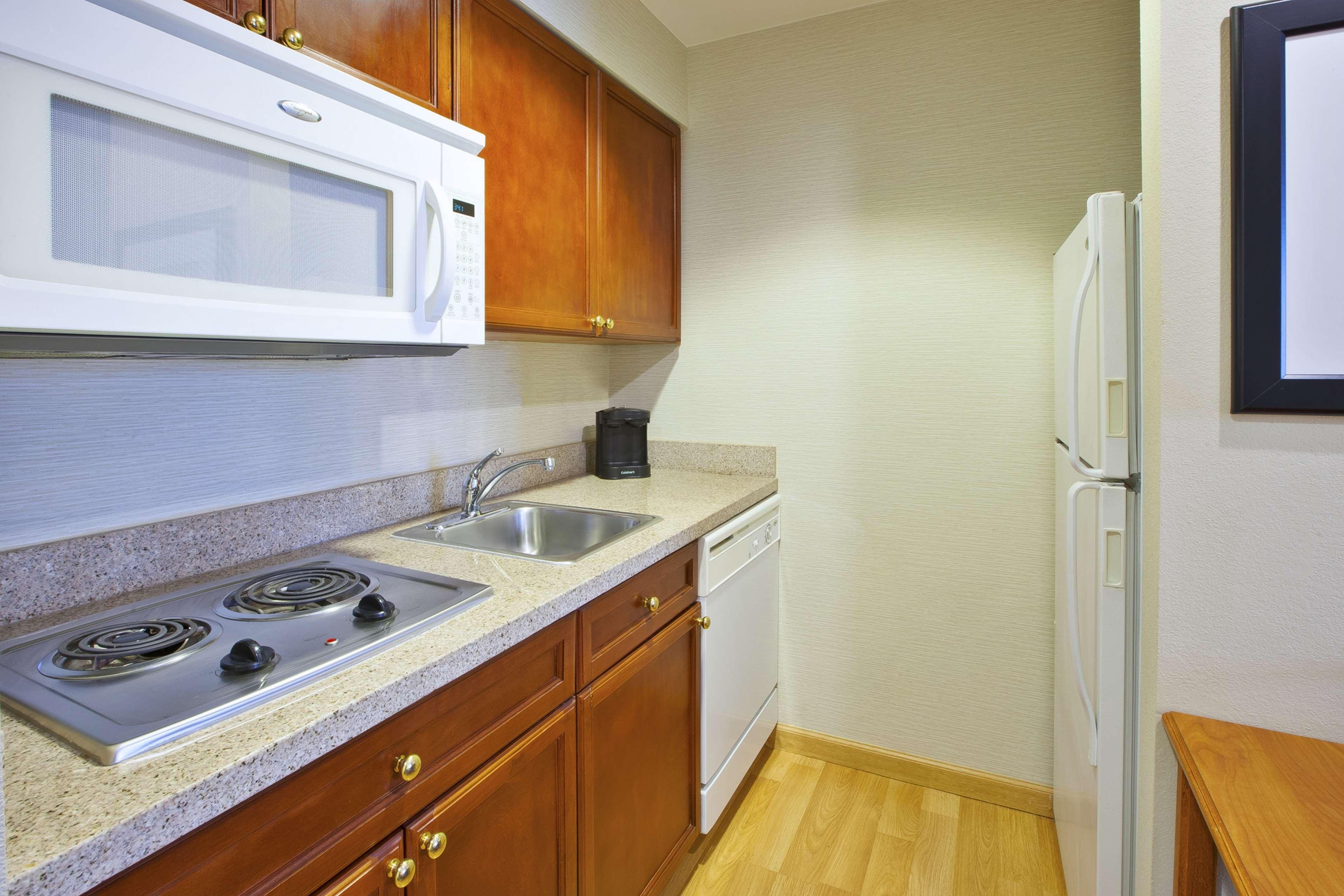 Homewood Suites by Hilton Philadelphia/Mt. Laurel image 13