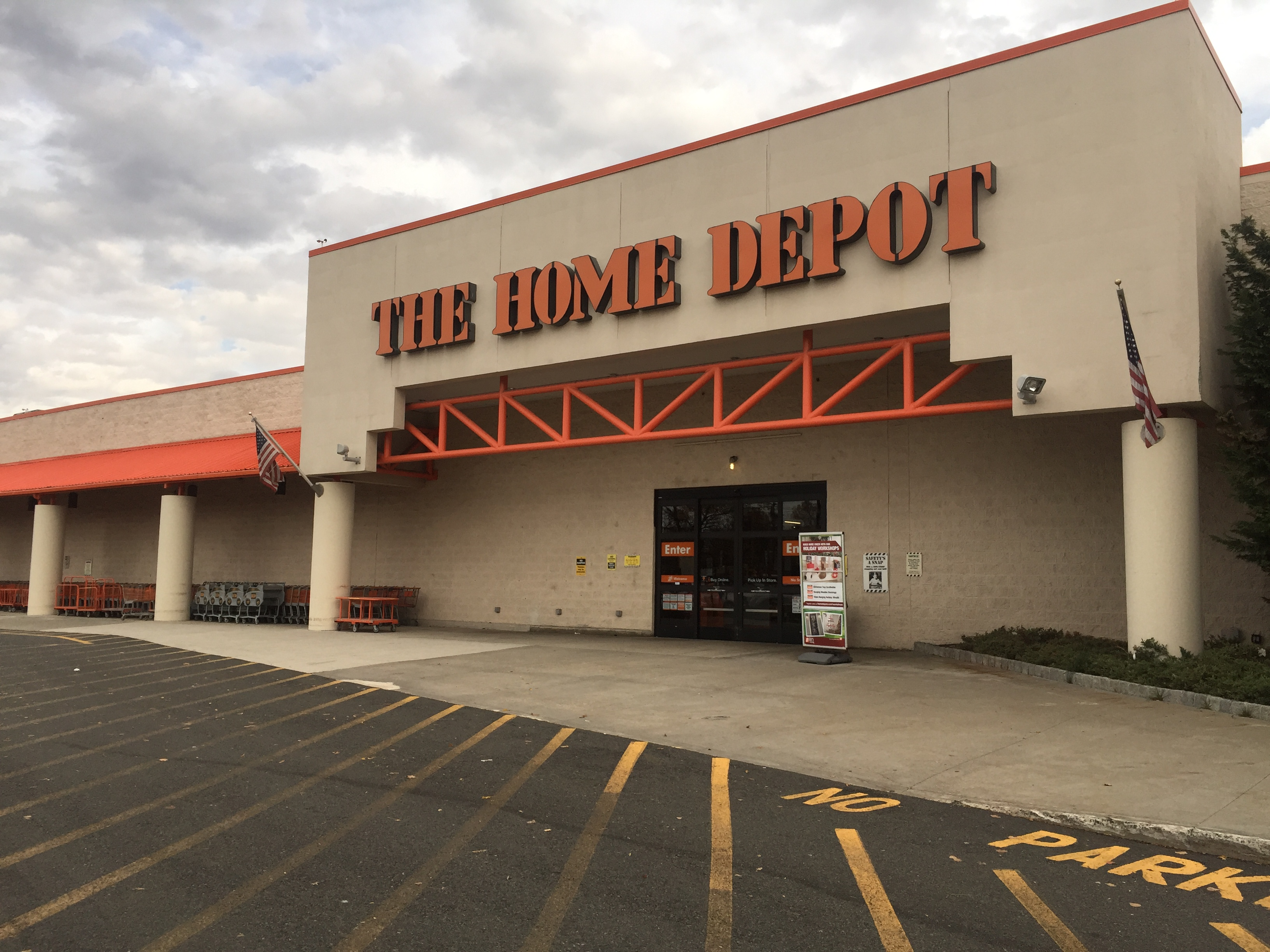 The Home Depot 520 Route 17 North Paramus Nj Hardware Stores How To Install A New Circuit At Mapquest