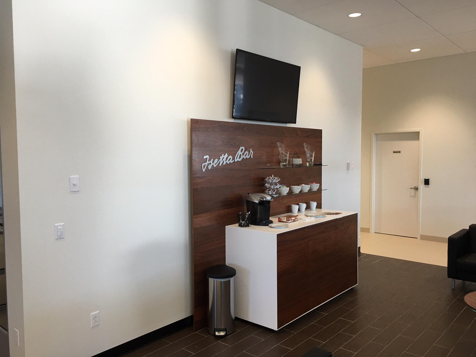 Customer Lounge with free Wi-Fi and Coffee.