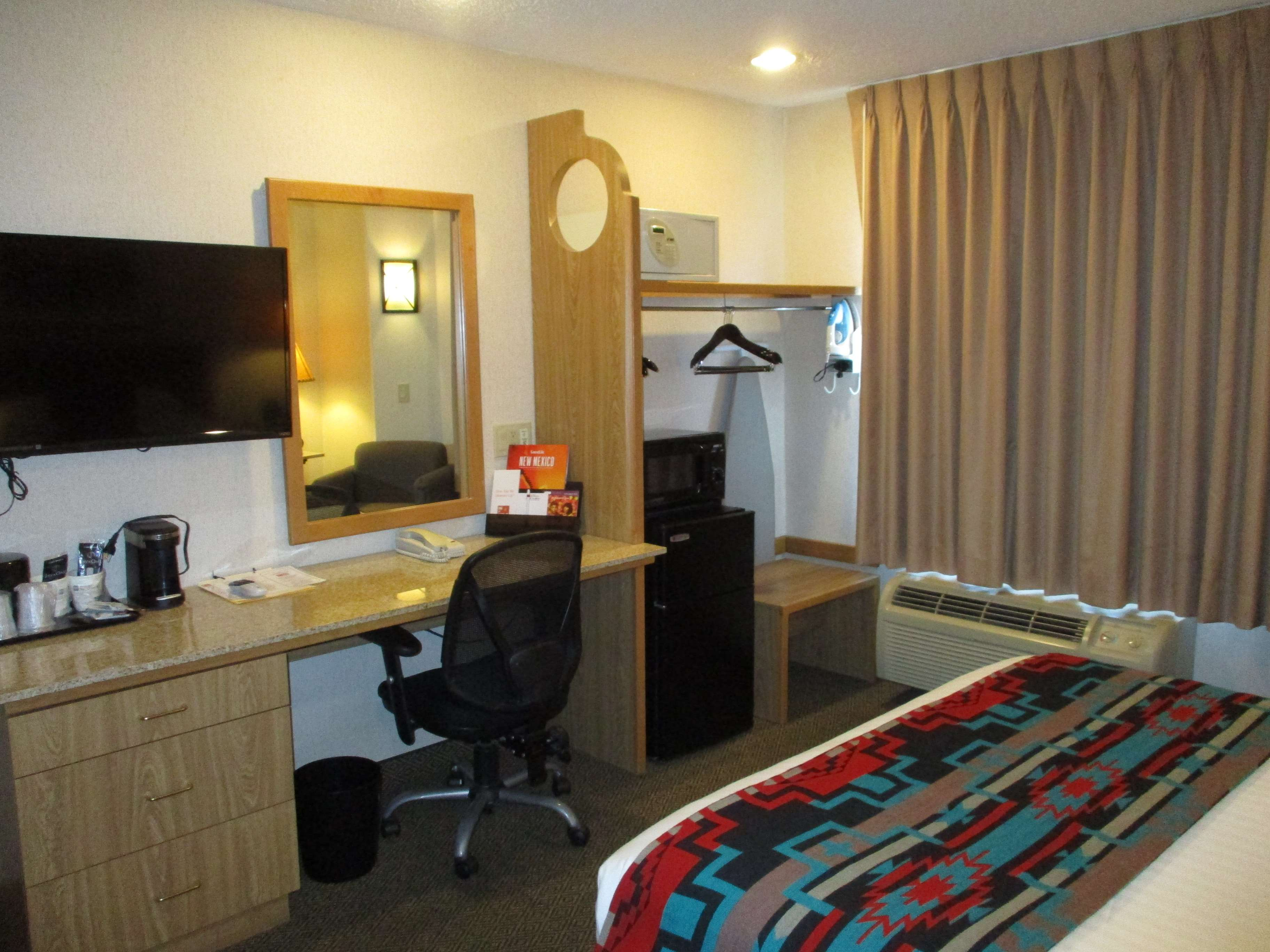 SureStay Collection by Best Western Inn at Santa Fe image 14