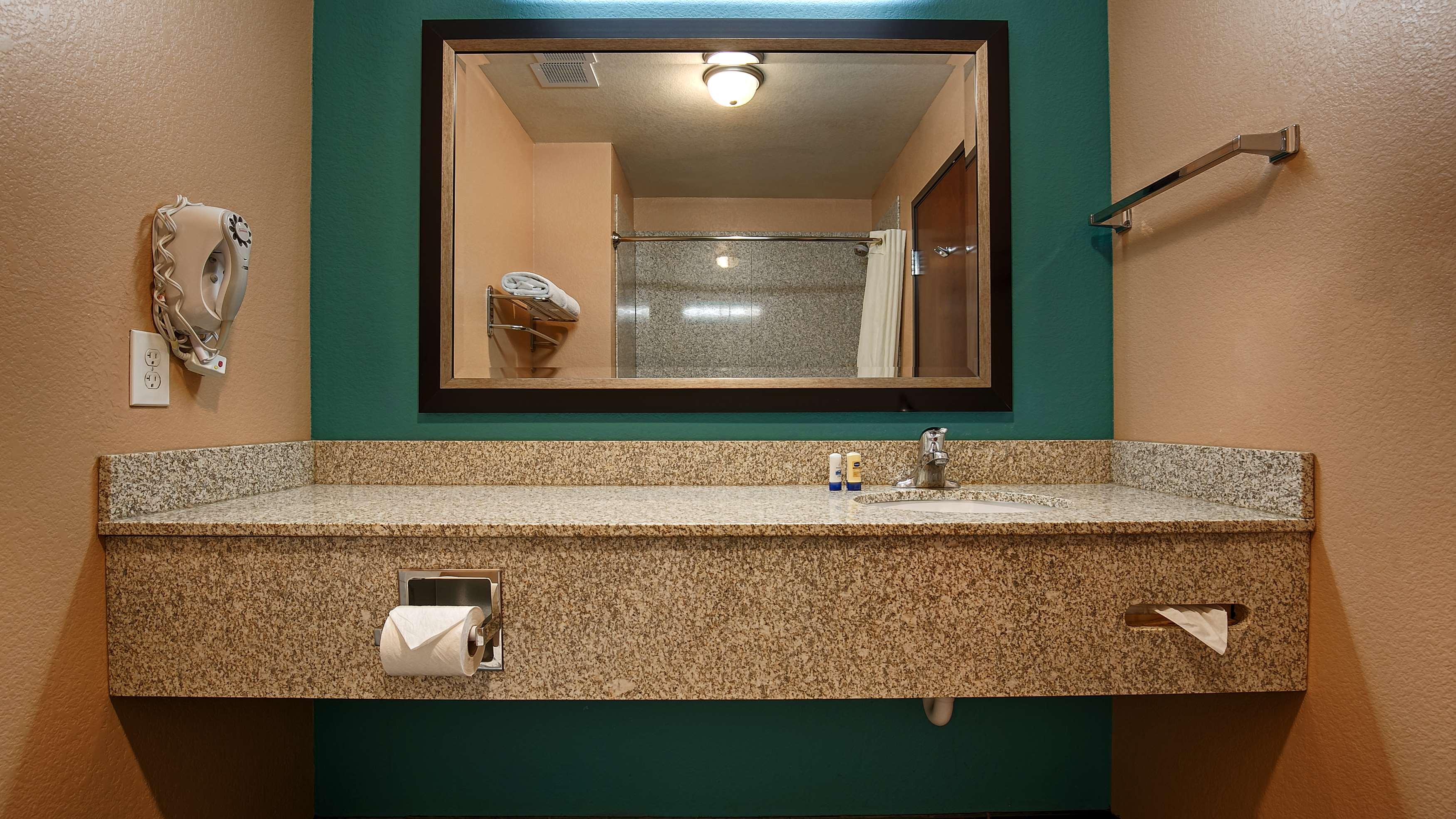 Best Western Sonora Inn & Suites image 40