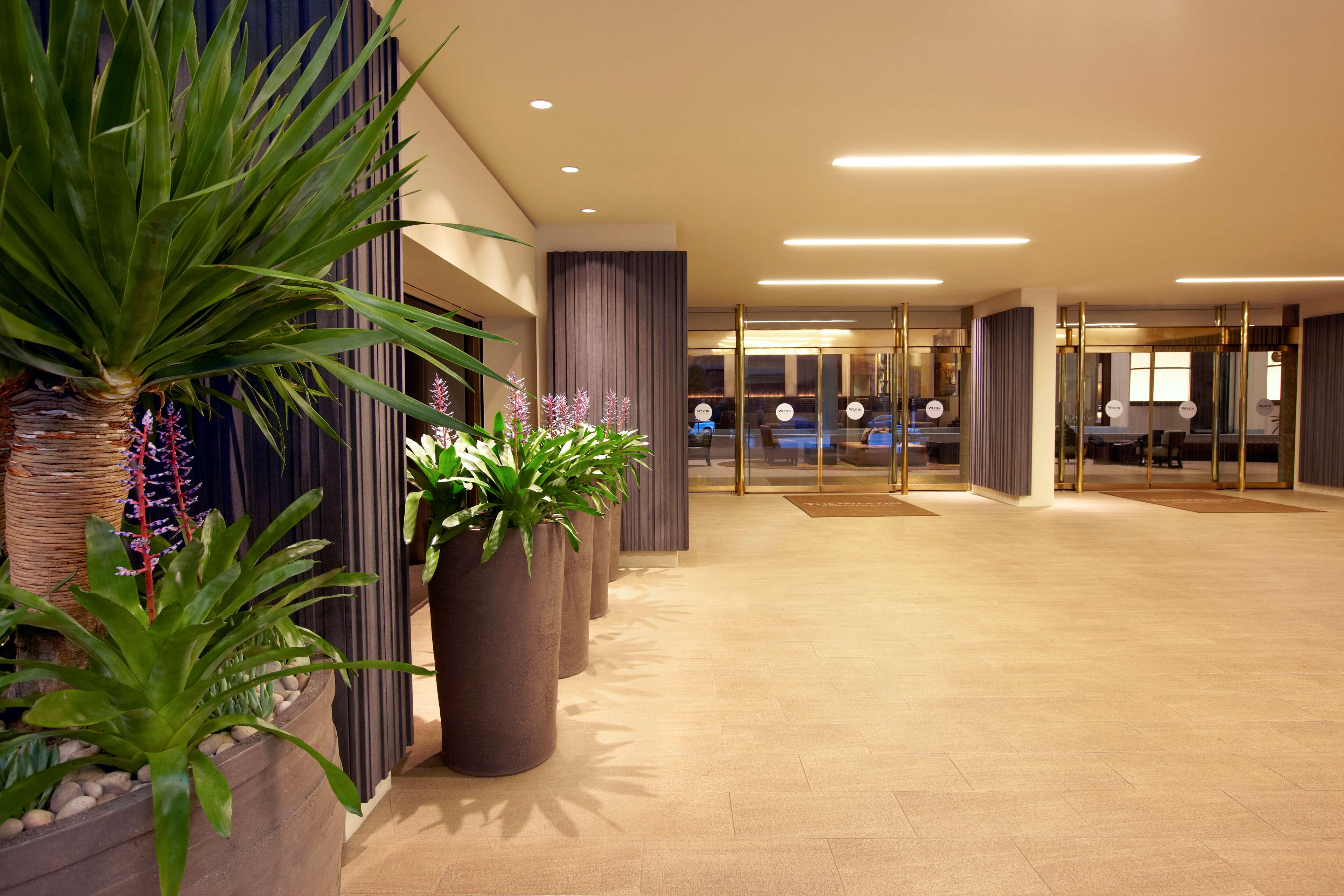 The Westin Bonaventure Hotel & Suites, Los Angeles image 1