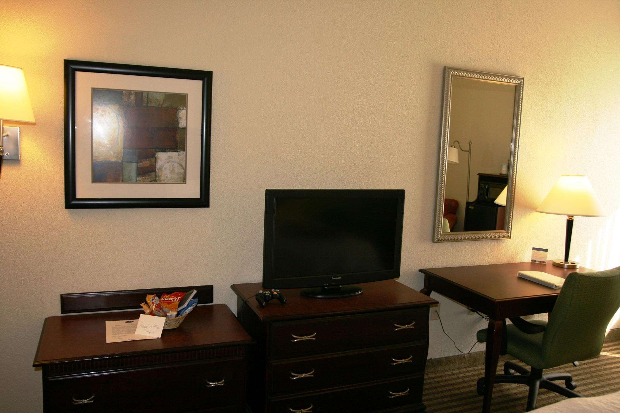 32-inch Flat-Screen TV