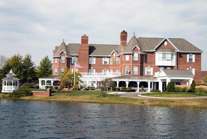 Willow Lake Place image 0