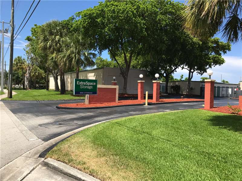Extra Space Storage 3090 NW 2nd Ave Boca Raton, FL Warehouses Self Storage    MapQuest