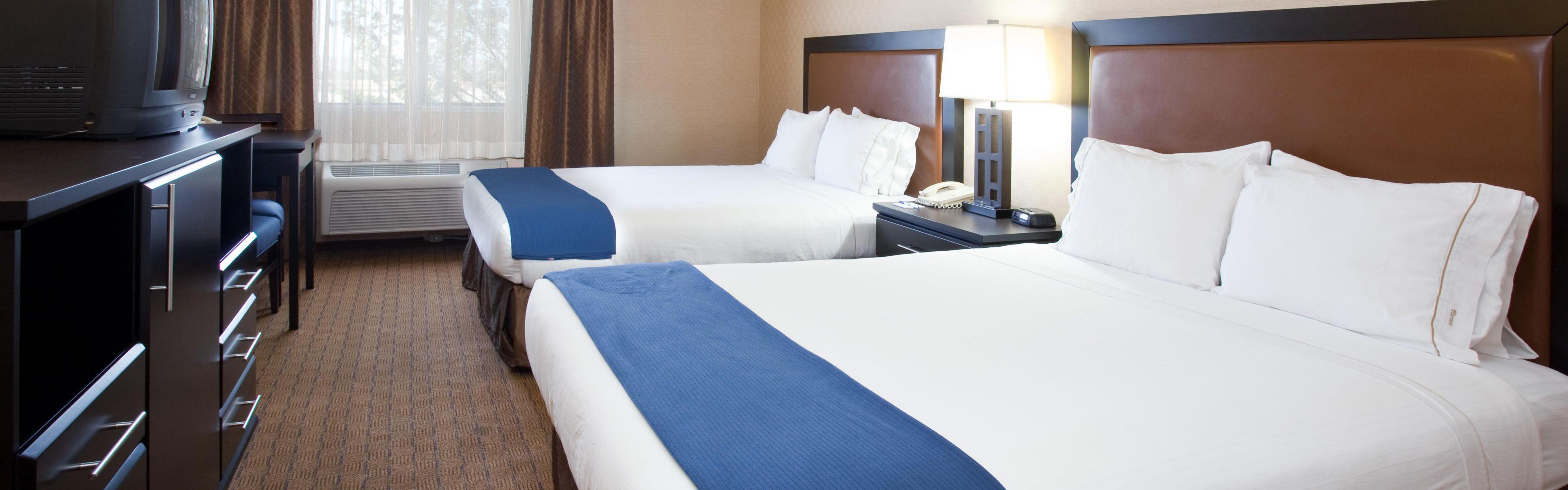 Holiday Inn Express & Suites Albuquerque-N. Balloon Fsta Pk image 1