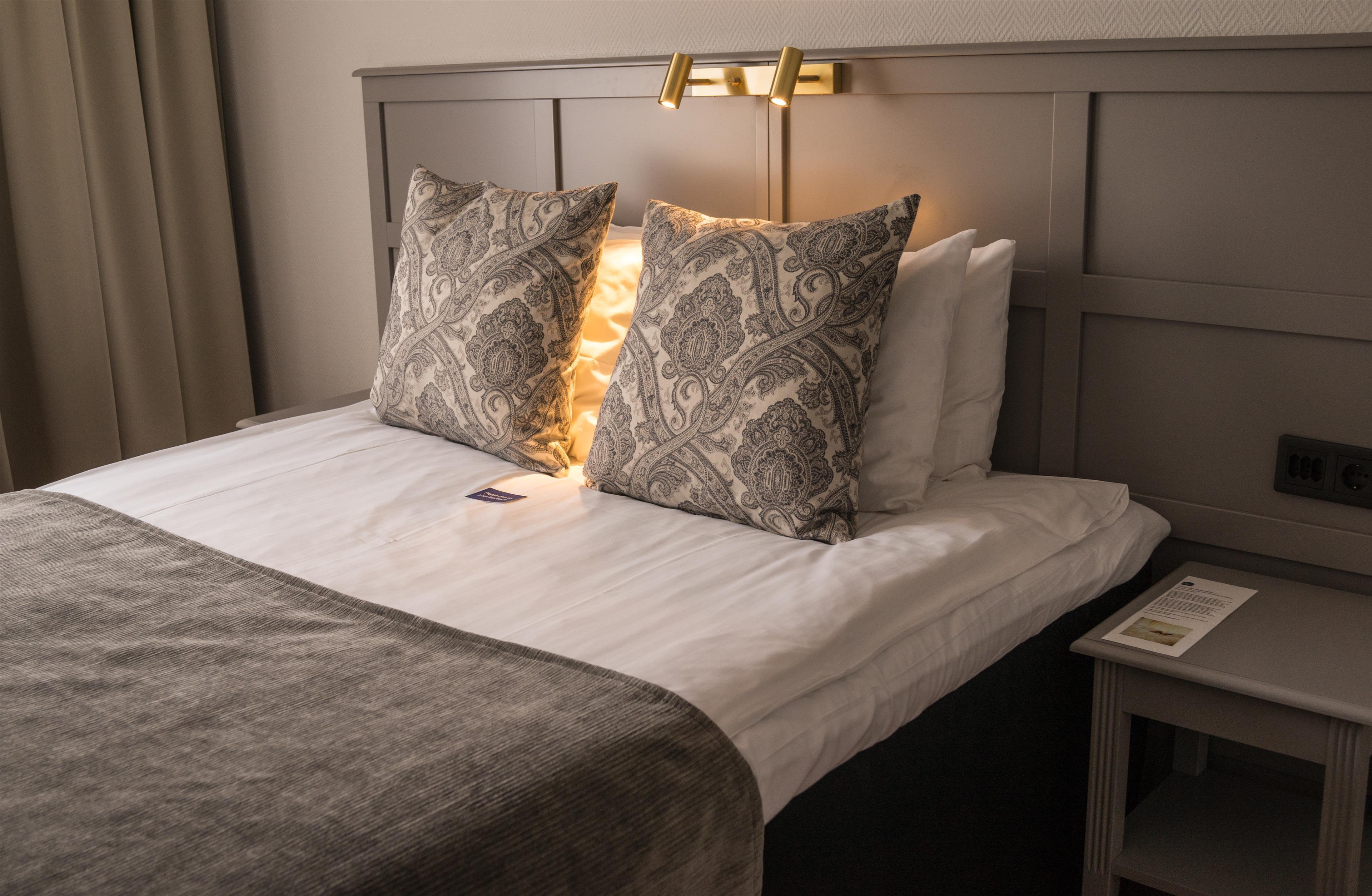 Superior Queen Bed Guest Room