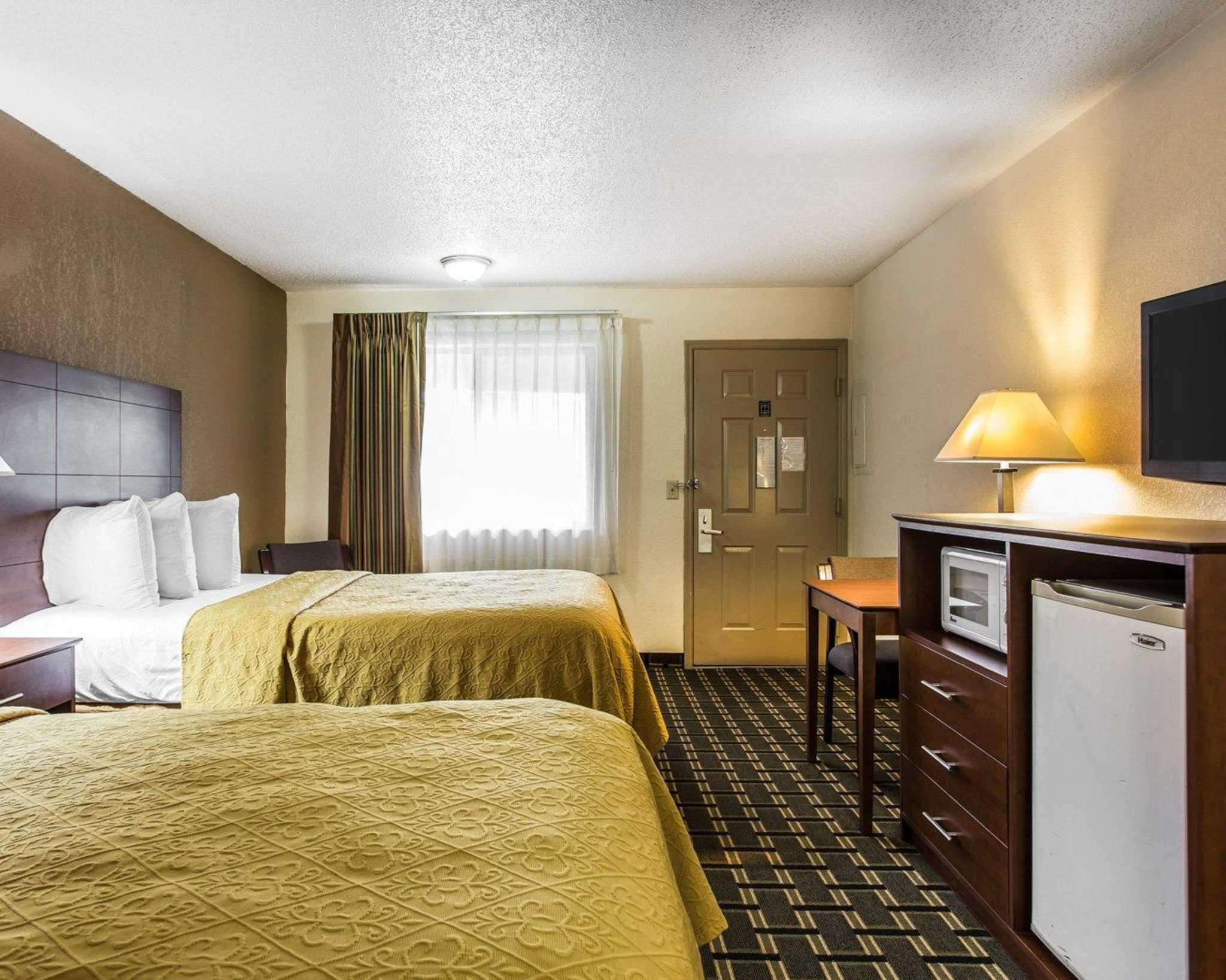 Quality Inn & Suites Southlake image 6