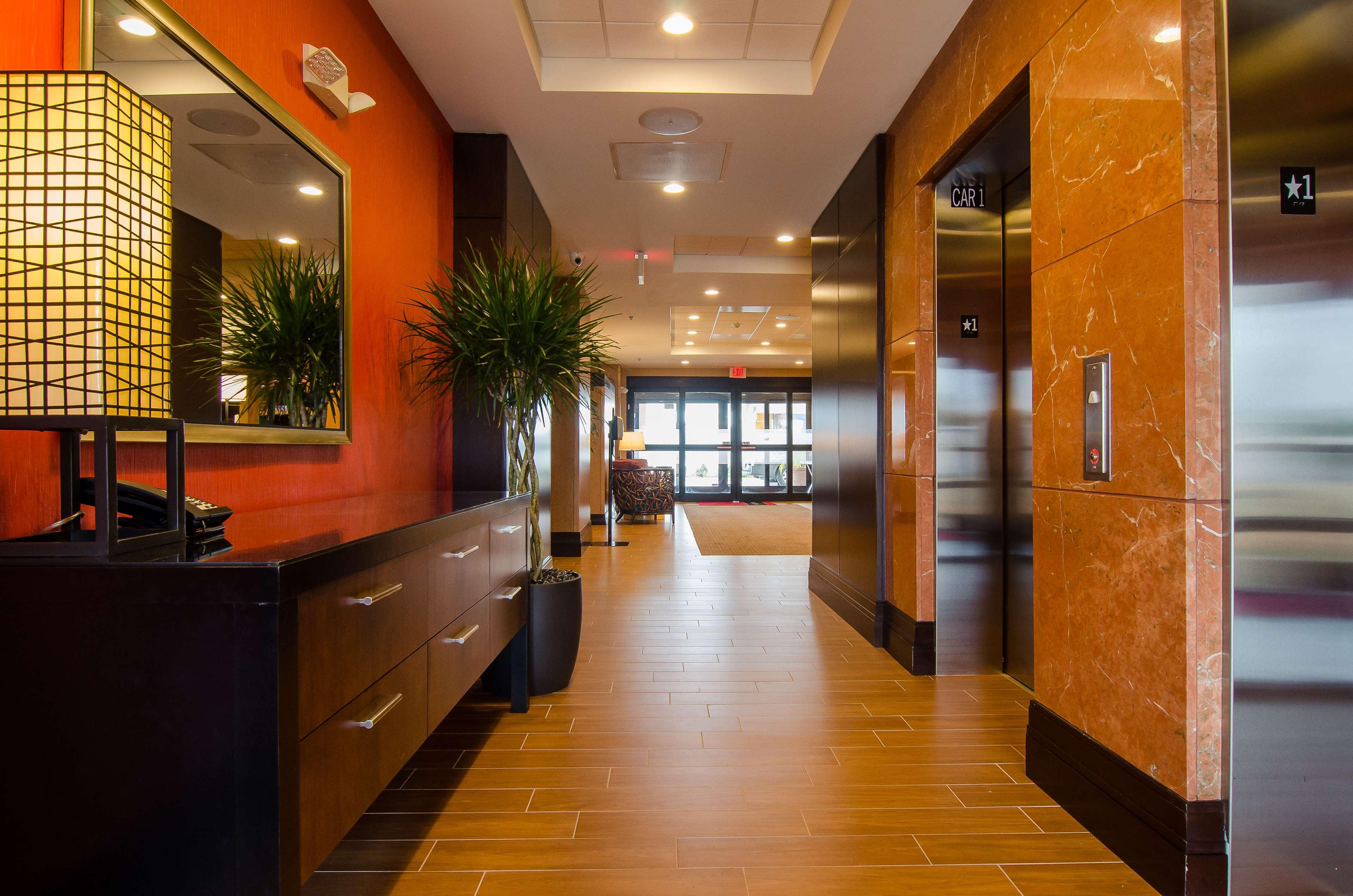 Hampton Inn & Suites Houston North IAH image 5
