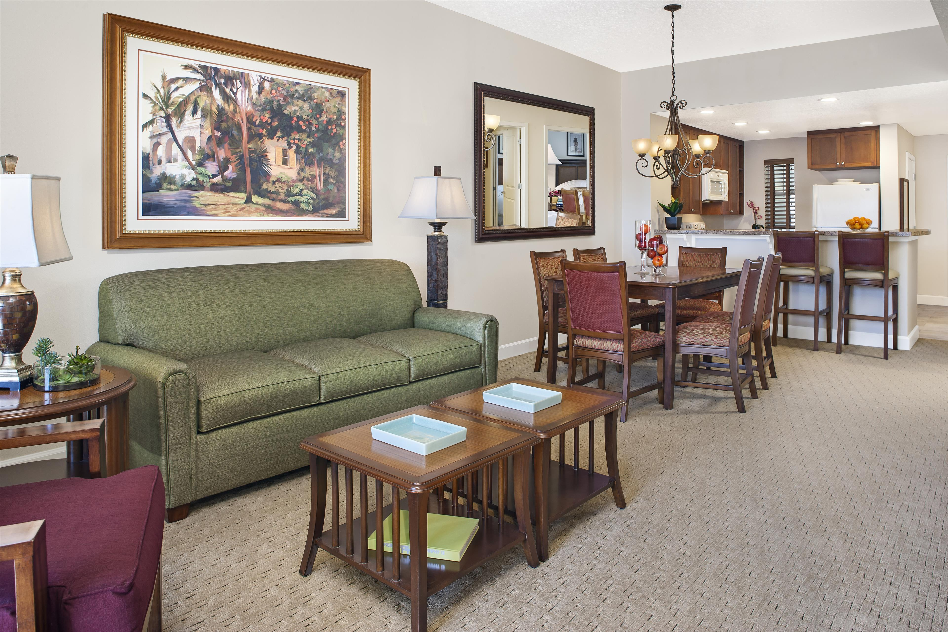 Amelia Phase Living/Dining Area