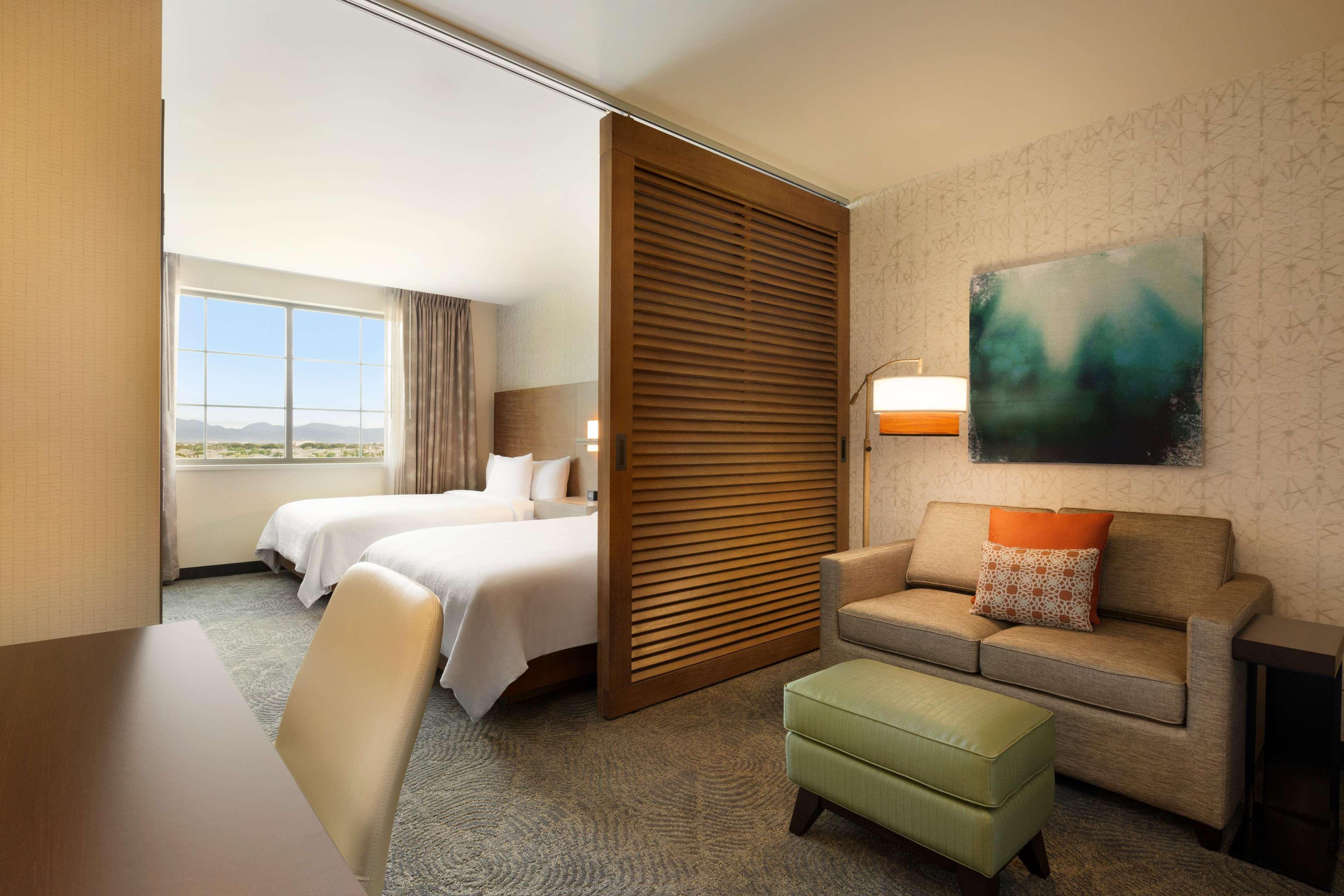 Embassy Suites by Hilton Oahu Kapolei image 36