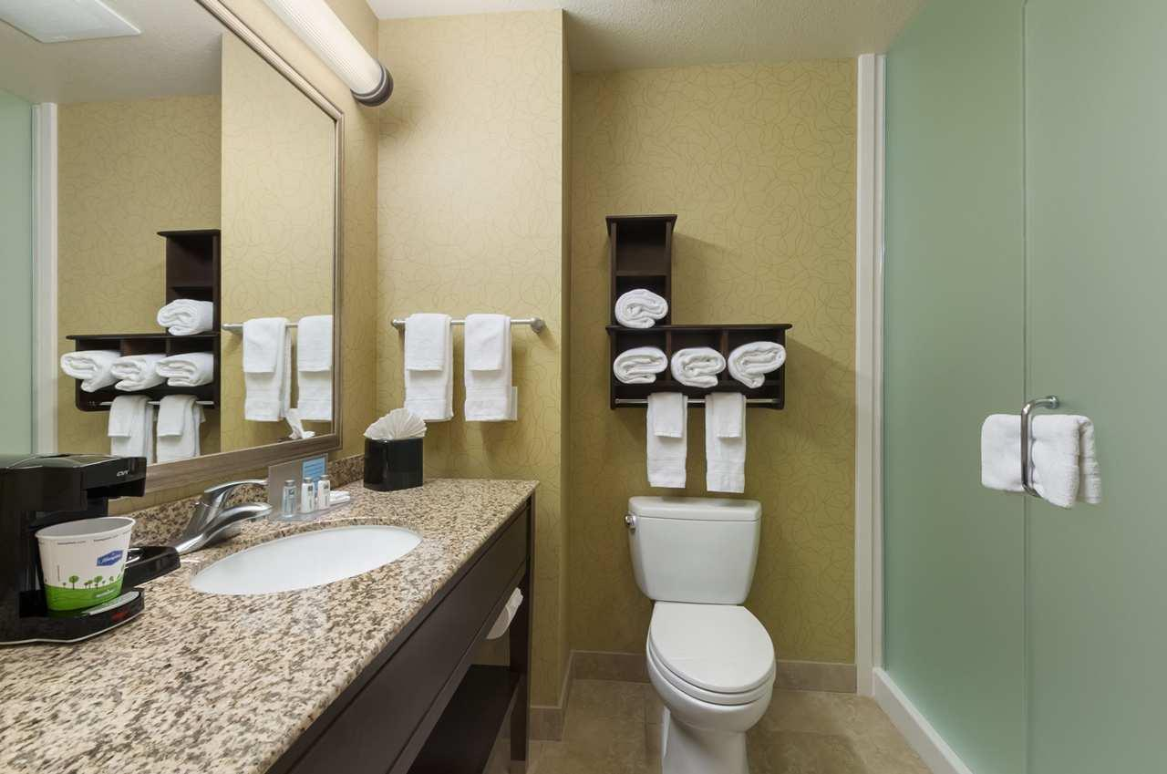 Hampton Inn & Suites San Luis Obispo image 15
