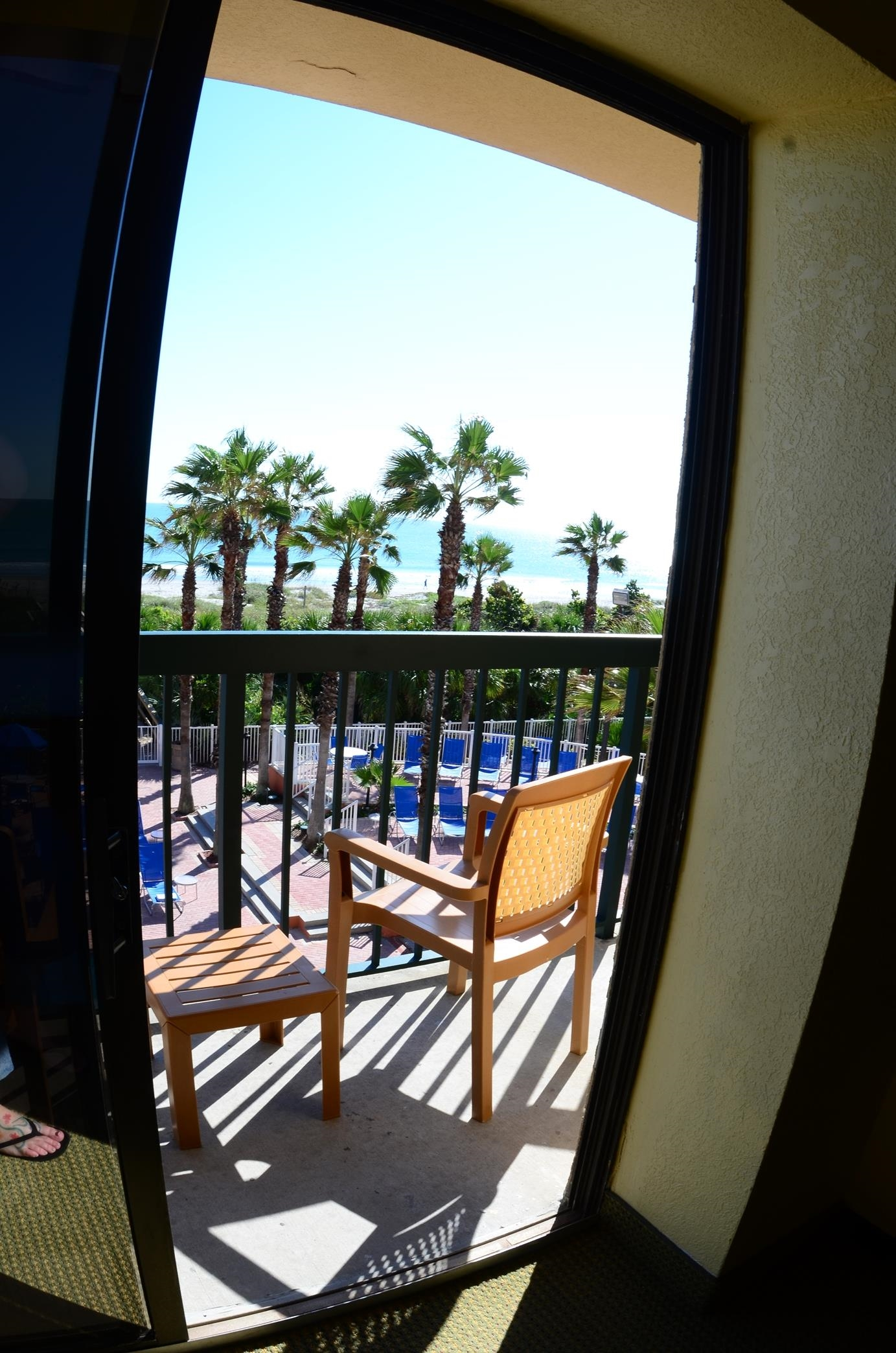 DoubleTree by Hilton Hotel Cocoa Beach Oceanfront image 18