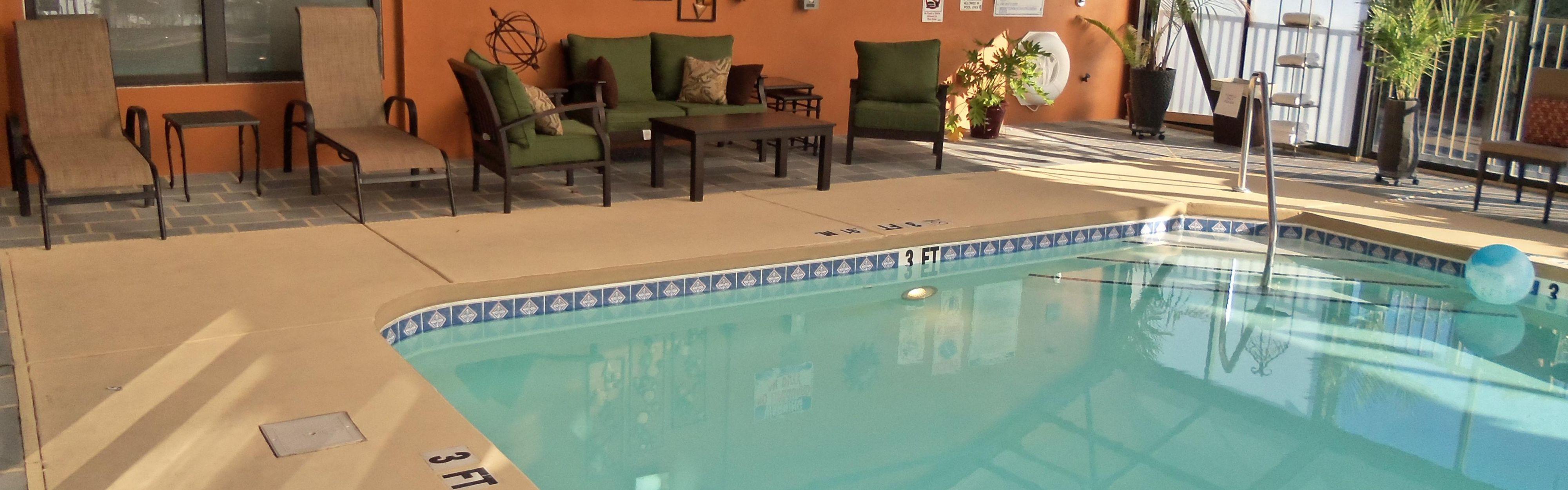 Holiday Inn Express & Suites Sanford image 2