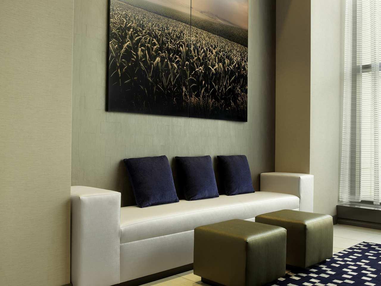 DoubleTree by Hilton Hotel Cedar Rapids Convention Complex image 1
