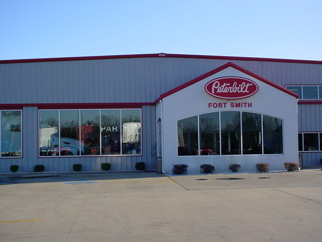 Peterbilt of Fort Smith image 14