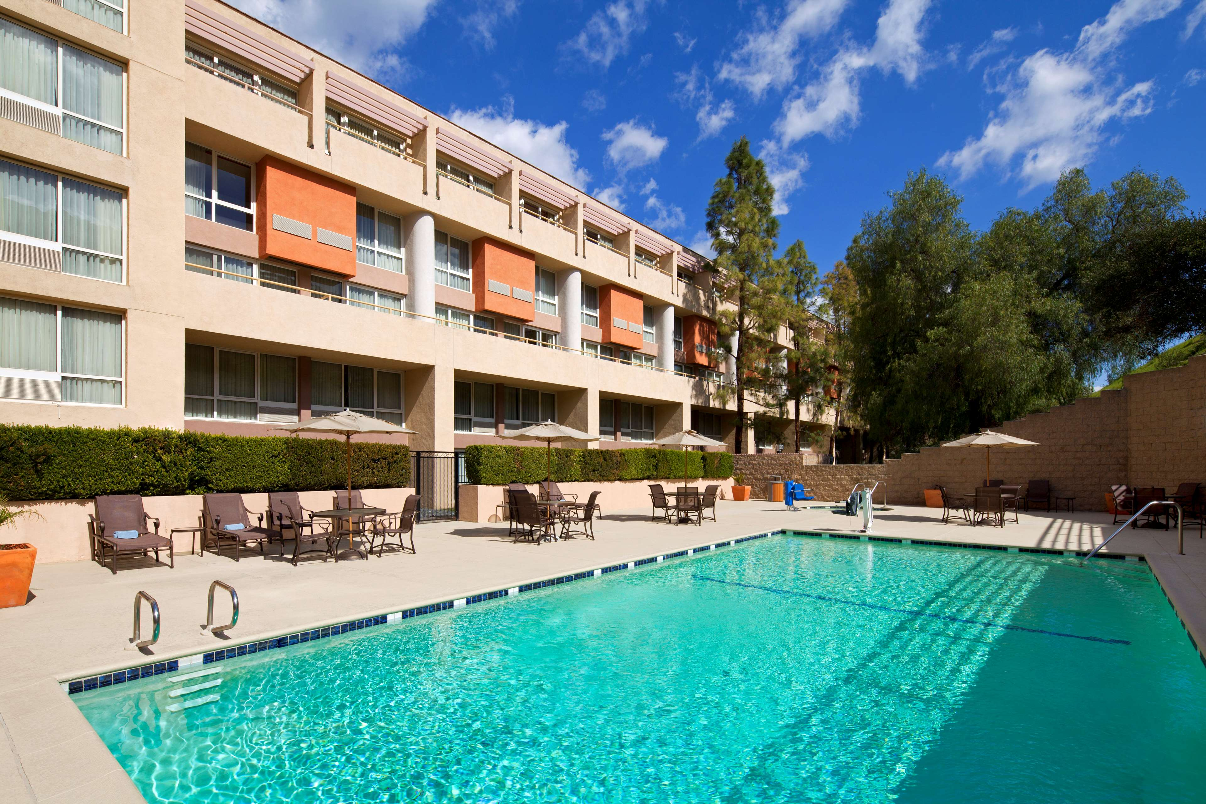 Motels Agoura Hills Ca