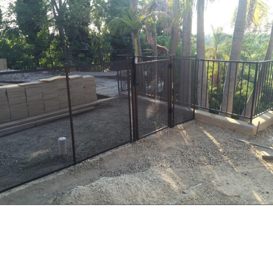 Nathans Pool Fence image 8