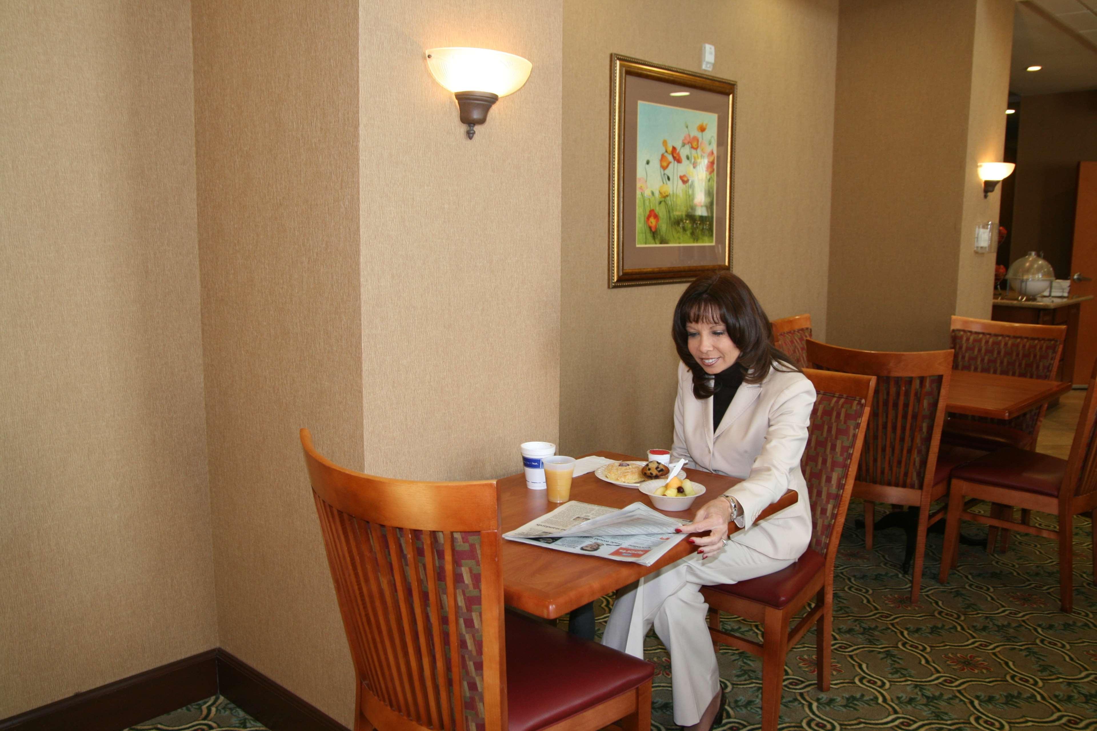 Hampton Inn & Suites Rohnert Park - Sonoma County image 4