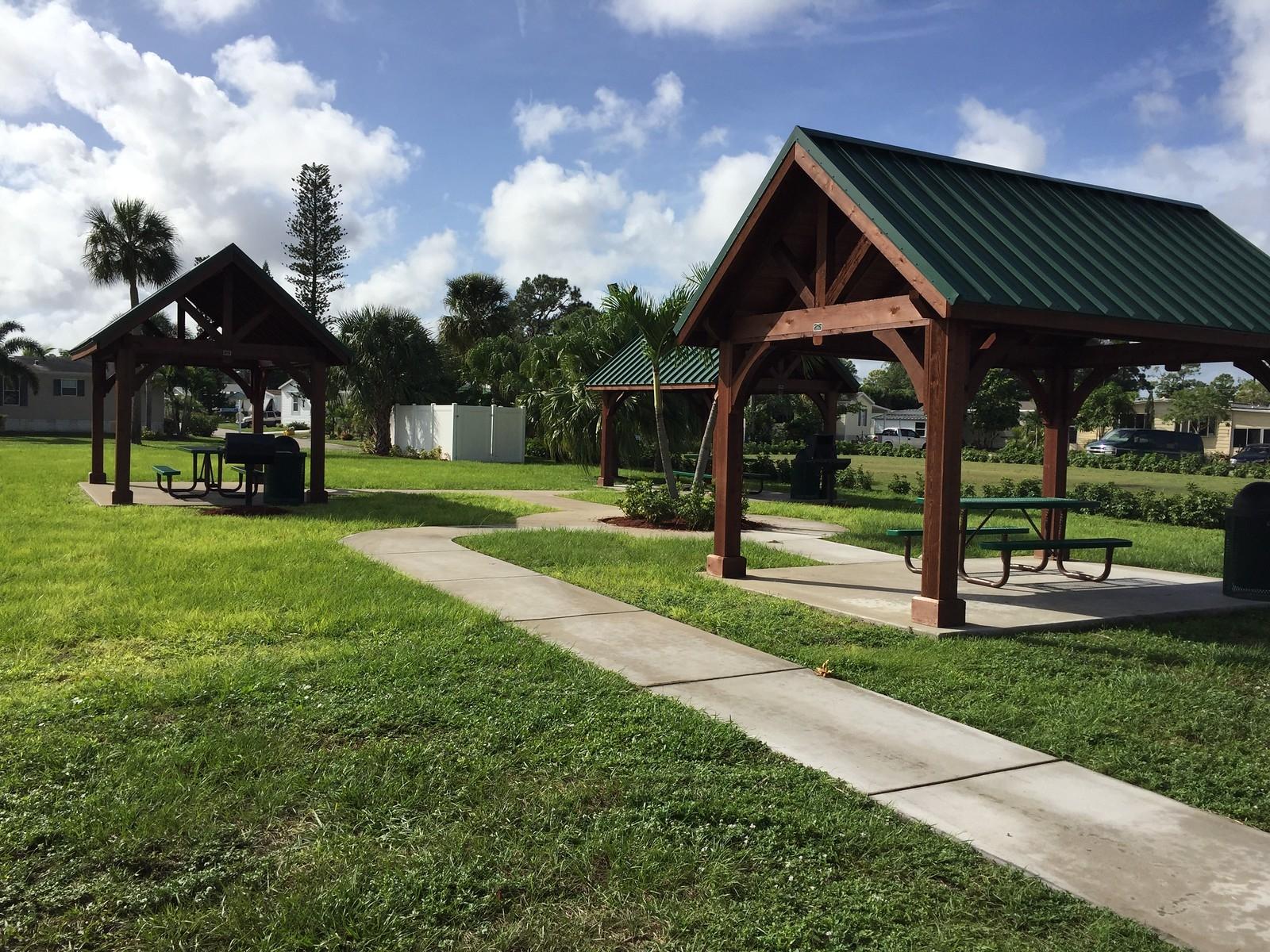 Lake Worth Village image 3