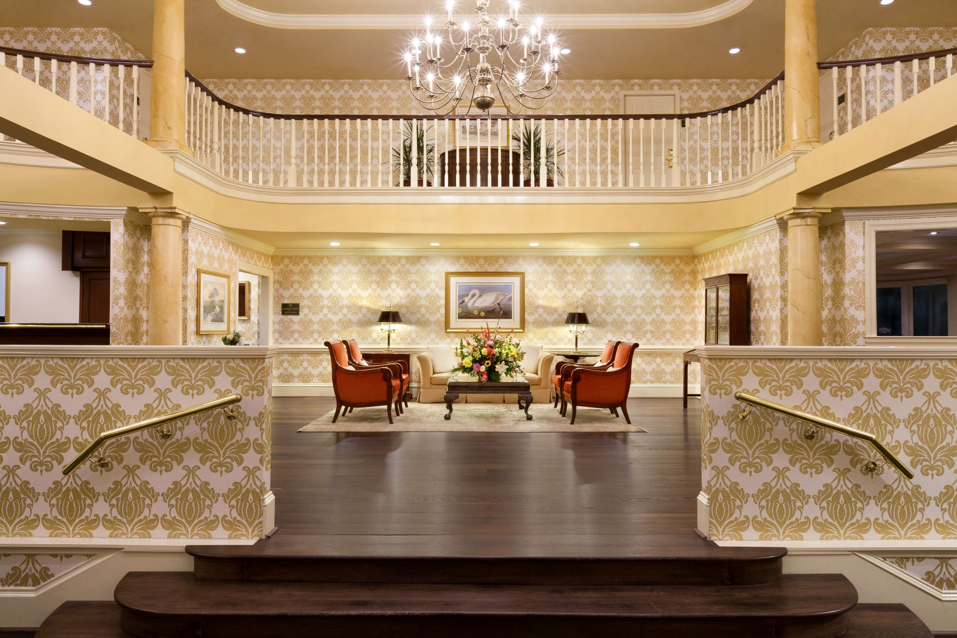 DoubleTree by Hilton Hotel & Suites Charleston - Historic District image 4