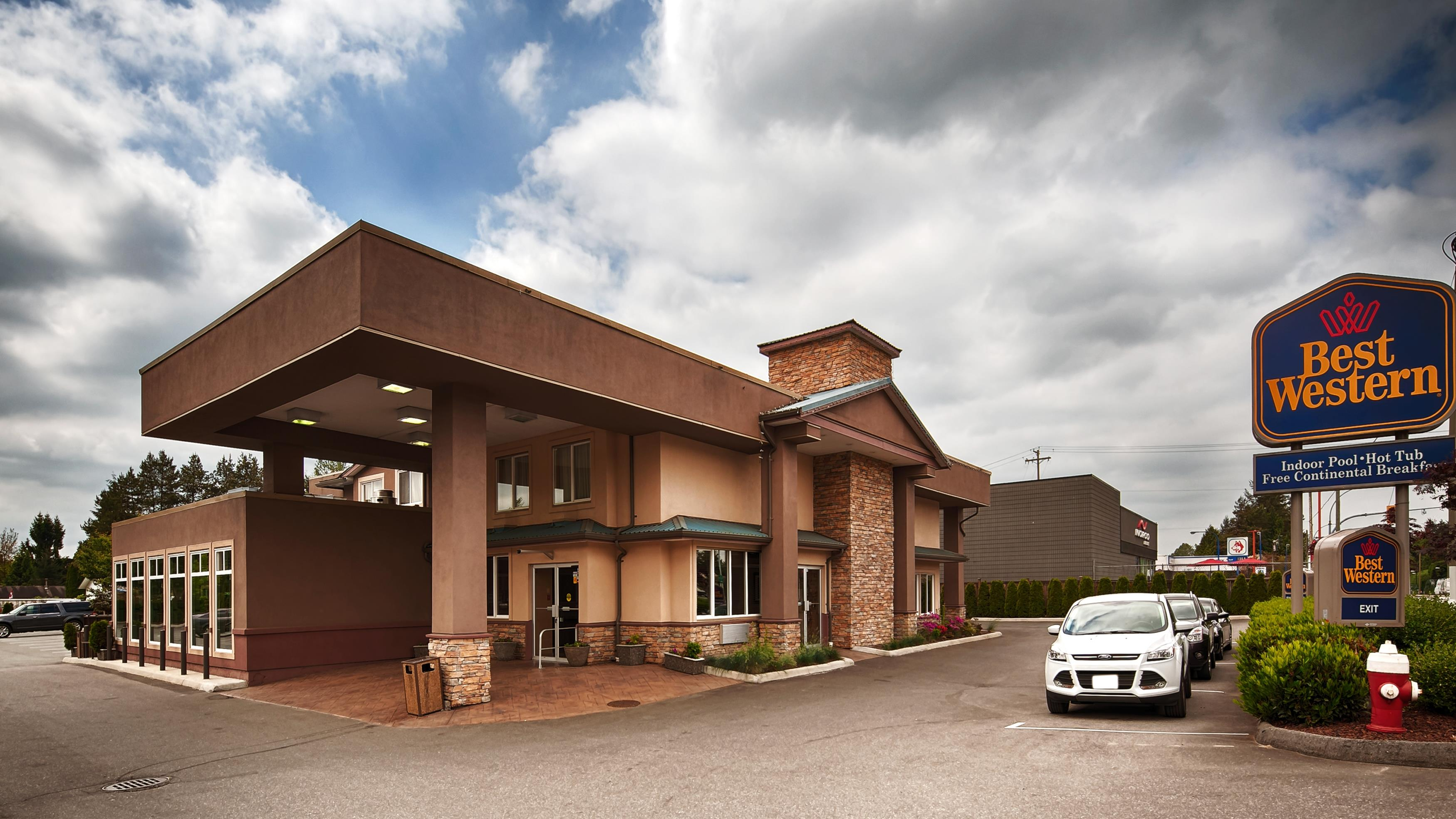 Best Western Maple Ridge Hotel in Maple Ridge: Exterior
