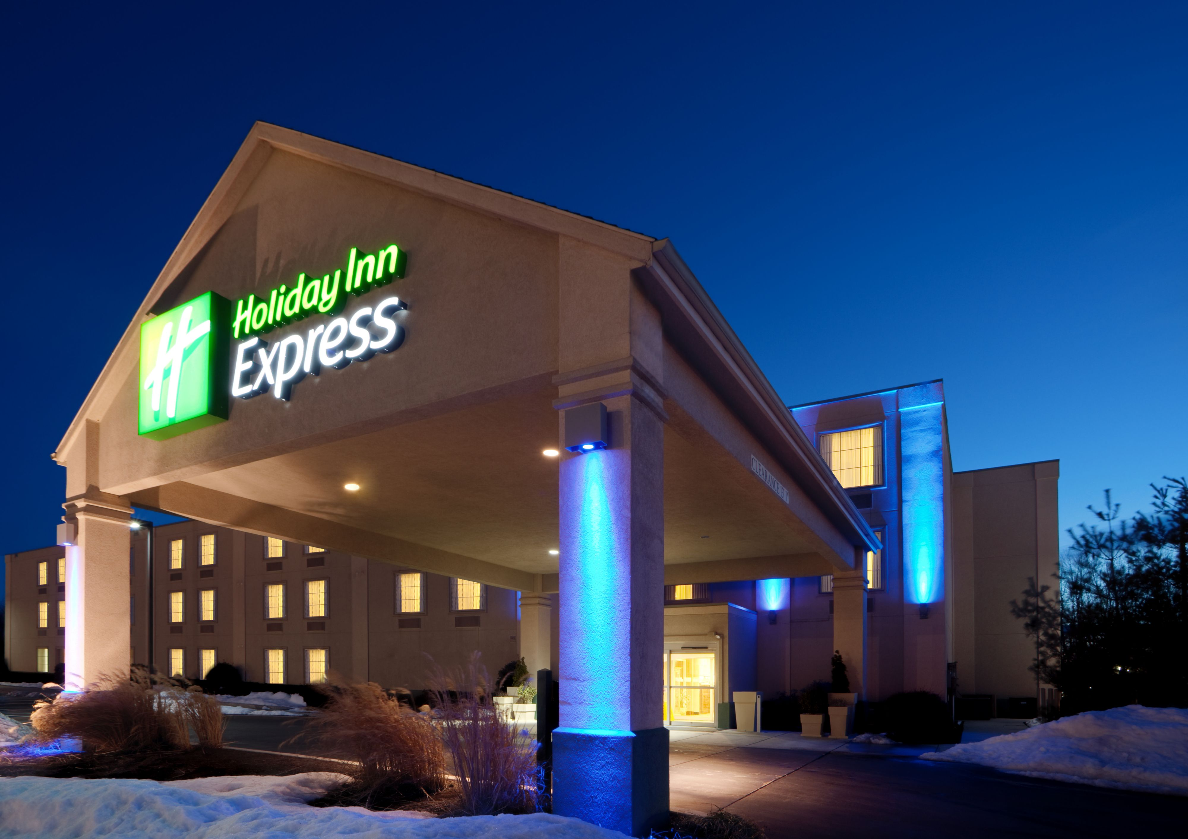 holiday inn express amp suites hampton south seabrook in