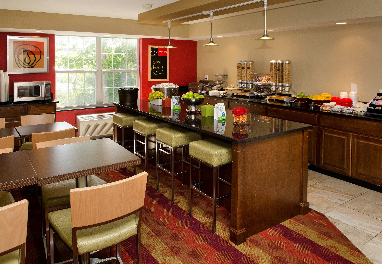 TownePlace Suites by Marriott St. Louis Fenton image 7
