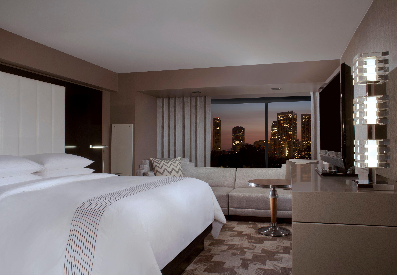 Beverly Hills Marriott image 14