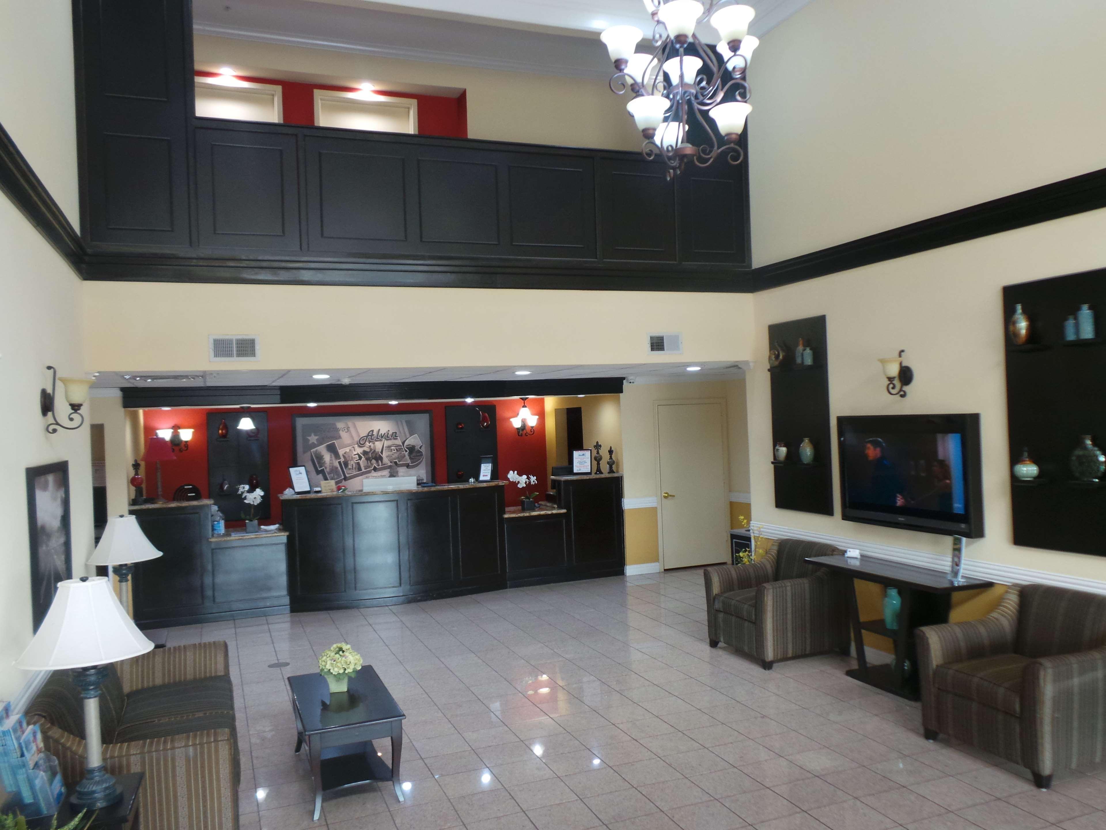 SureStay Plus Hotel by Best Western Alvin image 2