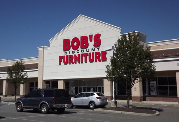 Bob's Discount Furniture In Woodbridge, NJ