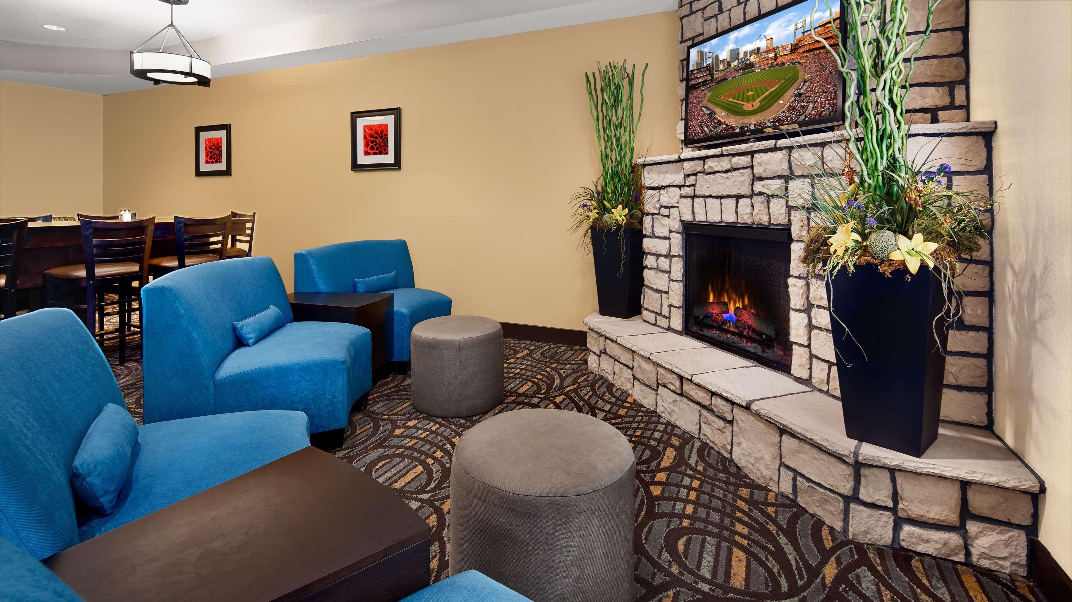 Best Western Plus Washington Hotel image 5