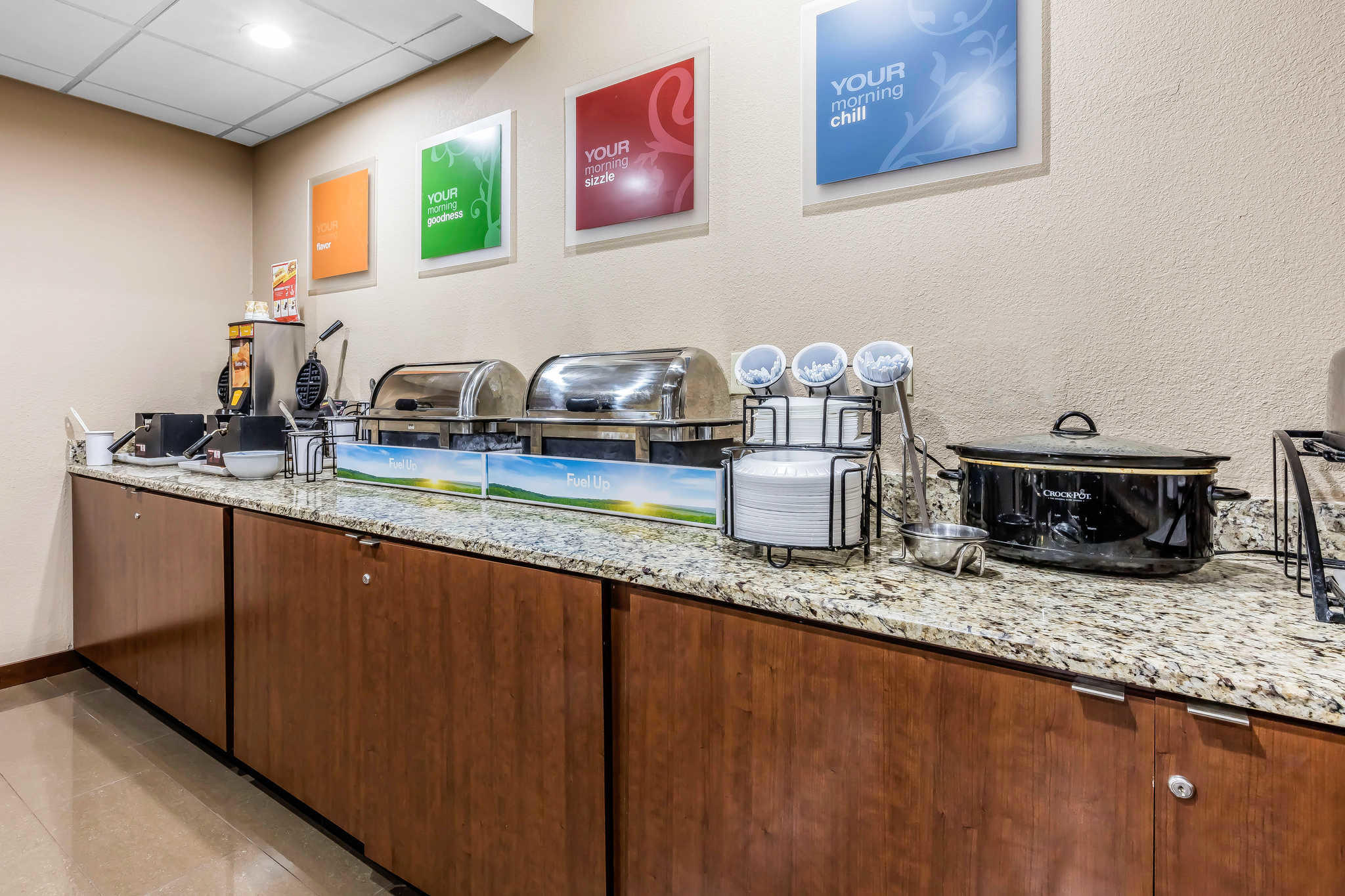 Comfort Inn & Suites Airport-American Way image 20