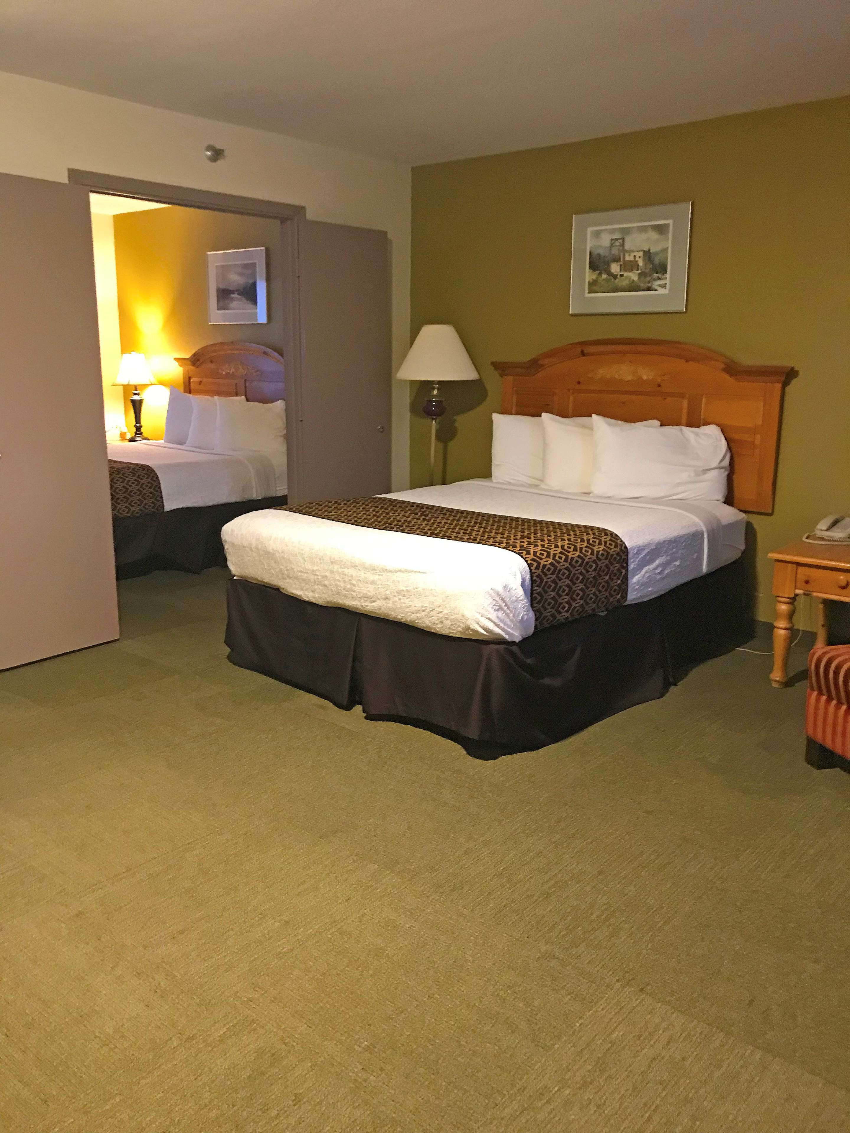 Americas Best Value Inn-Executive Suites / Airport Anchorage image 18