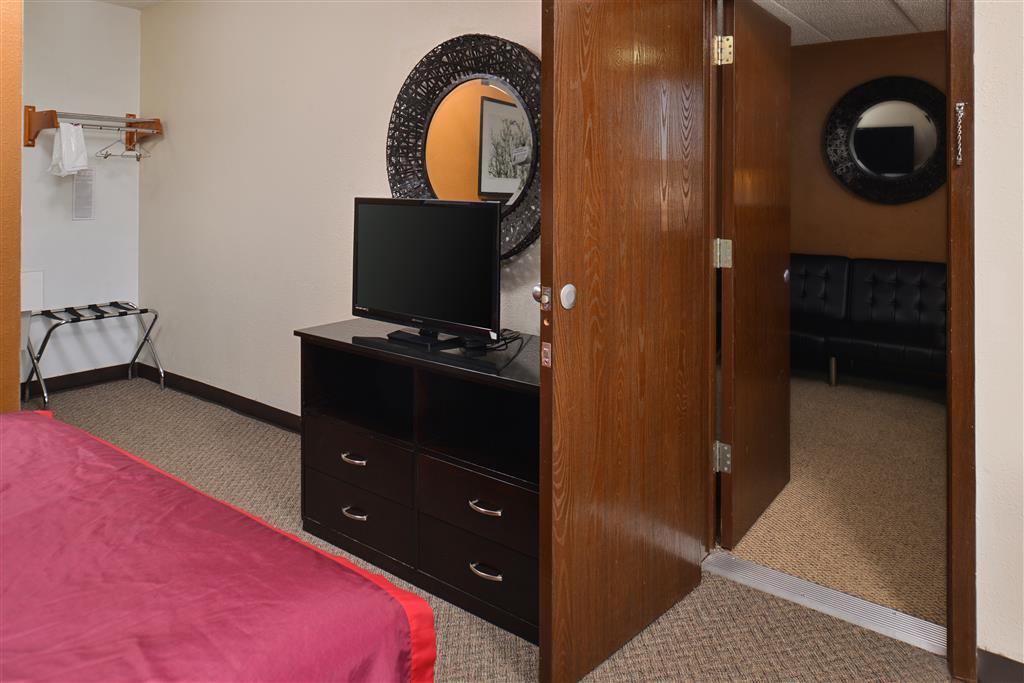 Americas Best Value Inn & Suites Grand Island image 9