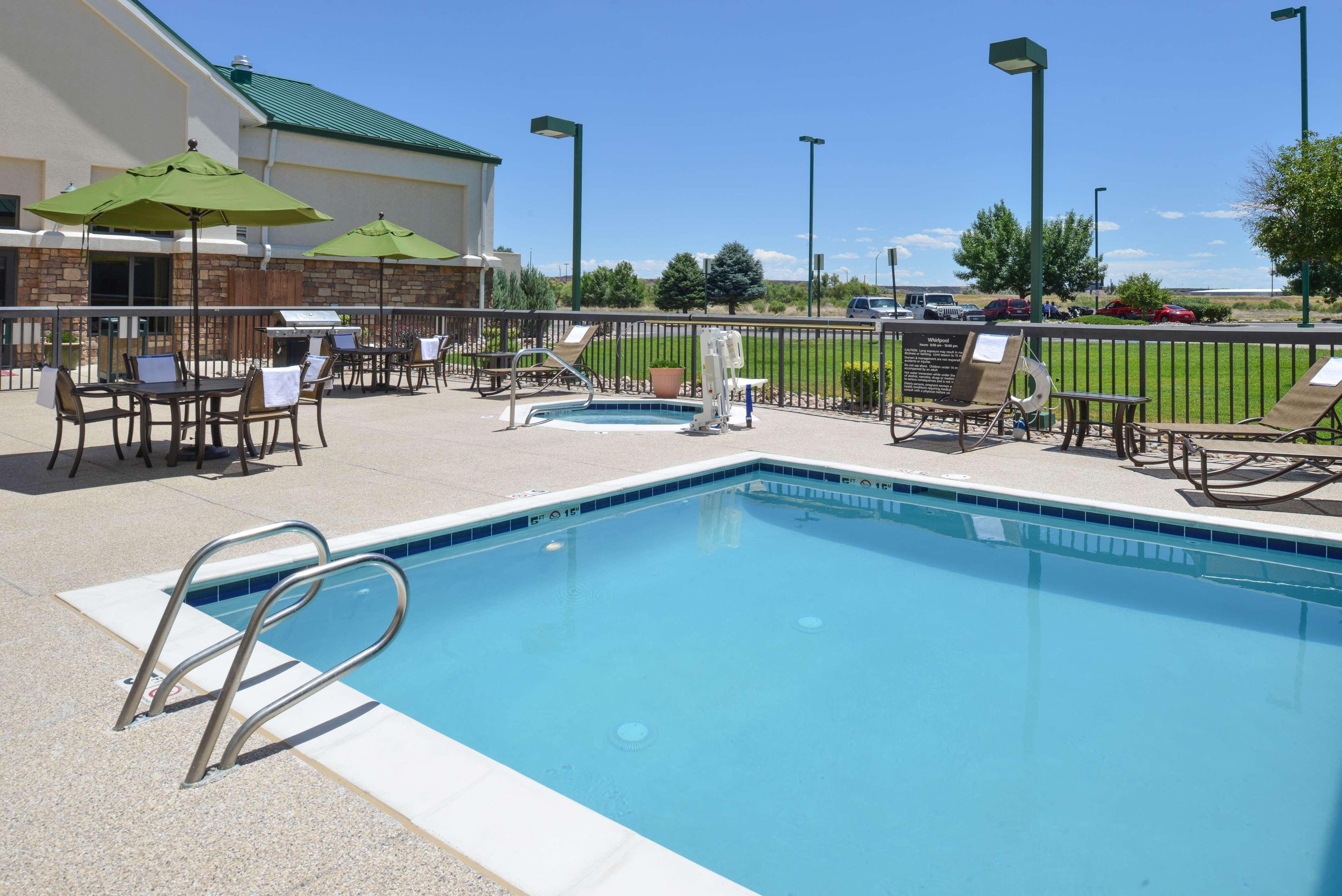 Hampton Inn & Suites Pueblo-Southgate image 7