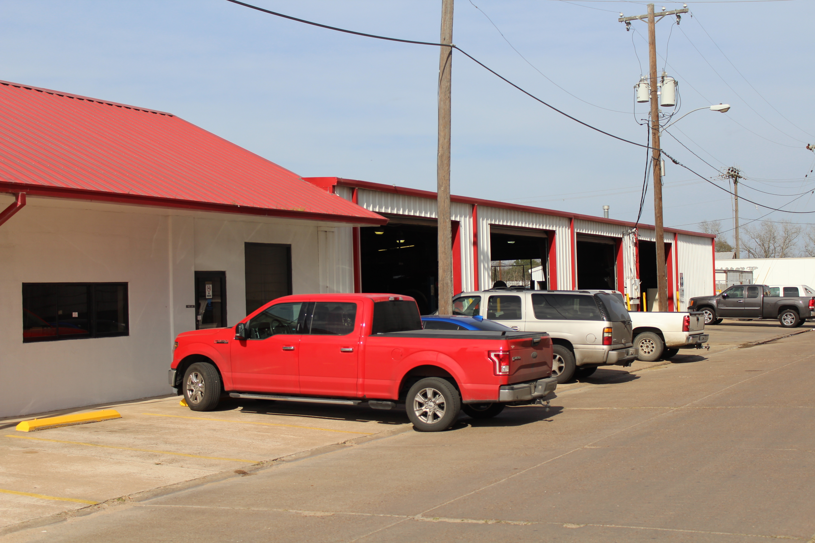 Mr. Tire Auto Service Center image 3