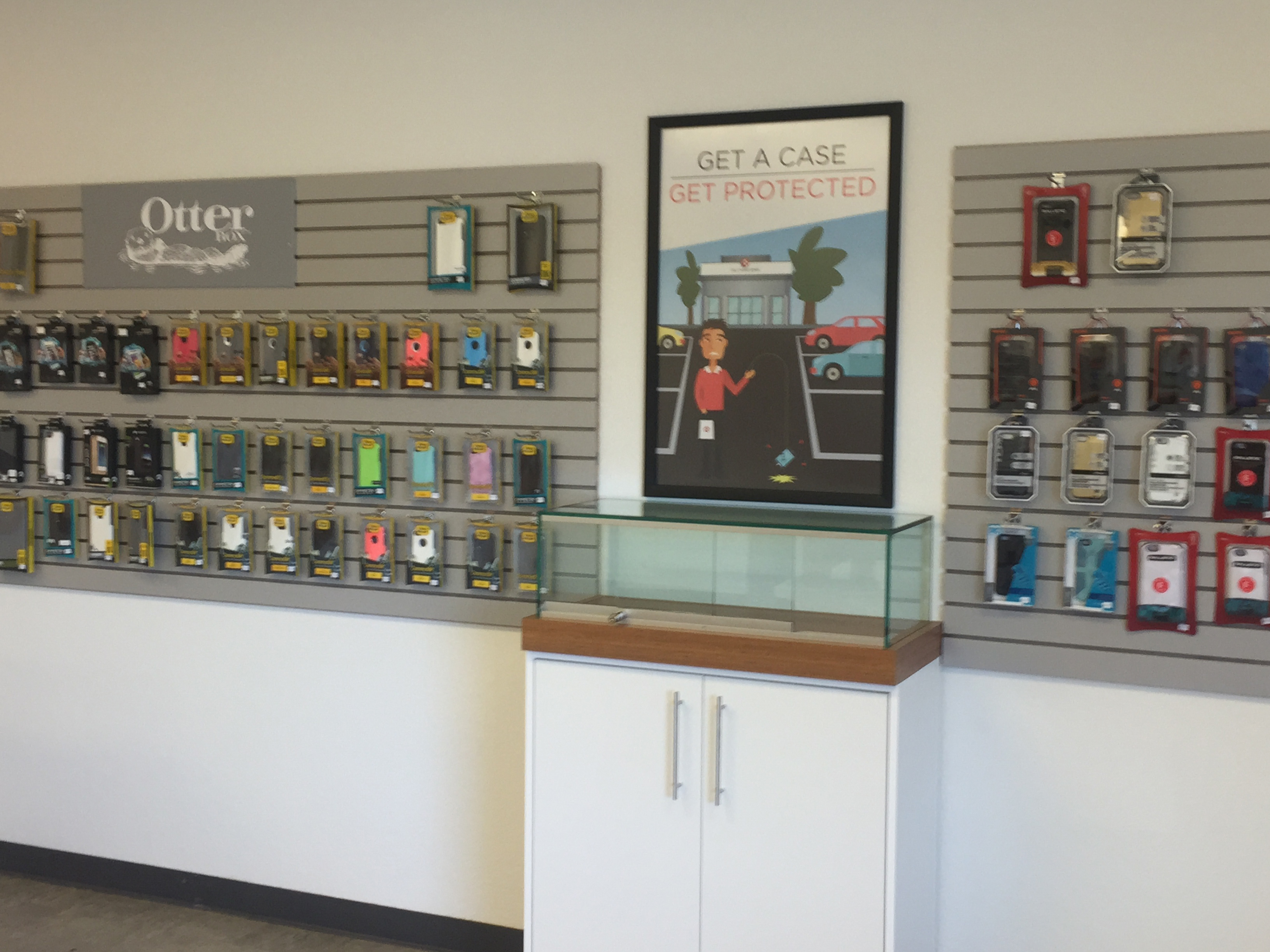 Cell phone accessories store near me