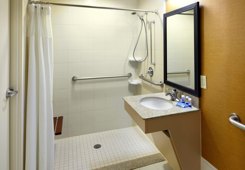 Fairfield Inn & Suites by Marriott Parsippany image 14